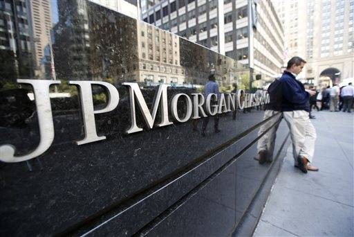 JPMorgan Chase & Co. will pay $920 million and has admitted that it failed to oversee trading that led to a $6 billion loss and renewed worries about serious risk-taking by major banks.