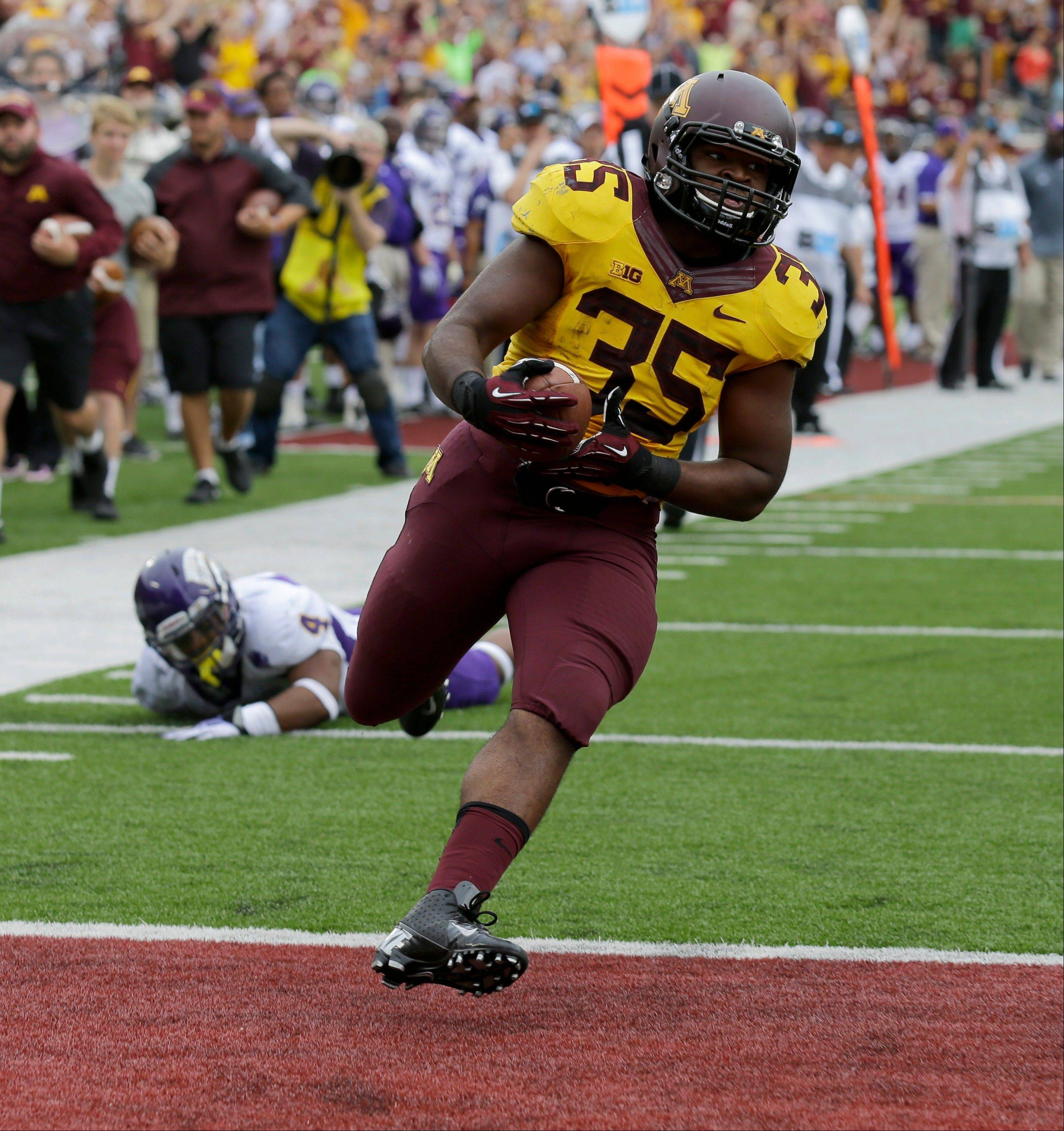 Minnesota's Rodrick Williams Jr. scores on a 37-yard touchdown run during the fourth quarter of last week's win over Western Illinois.