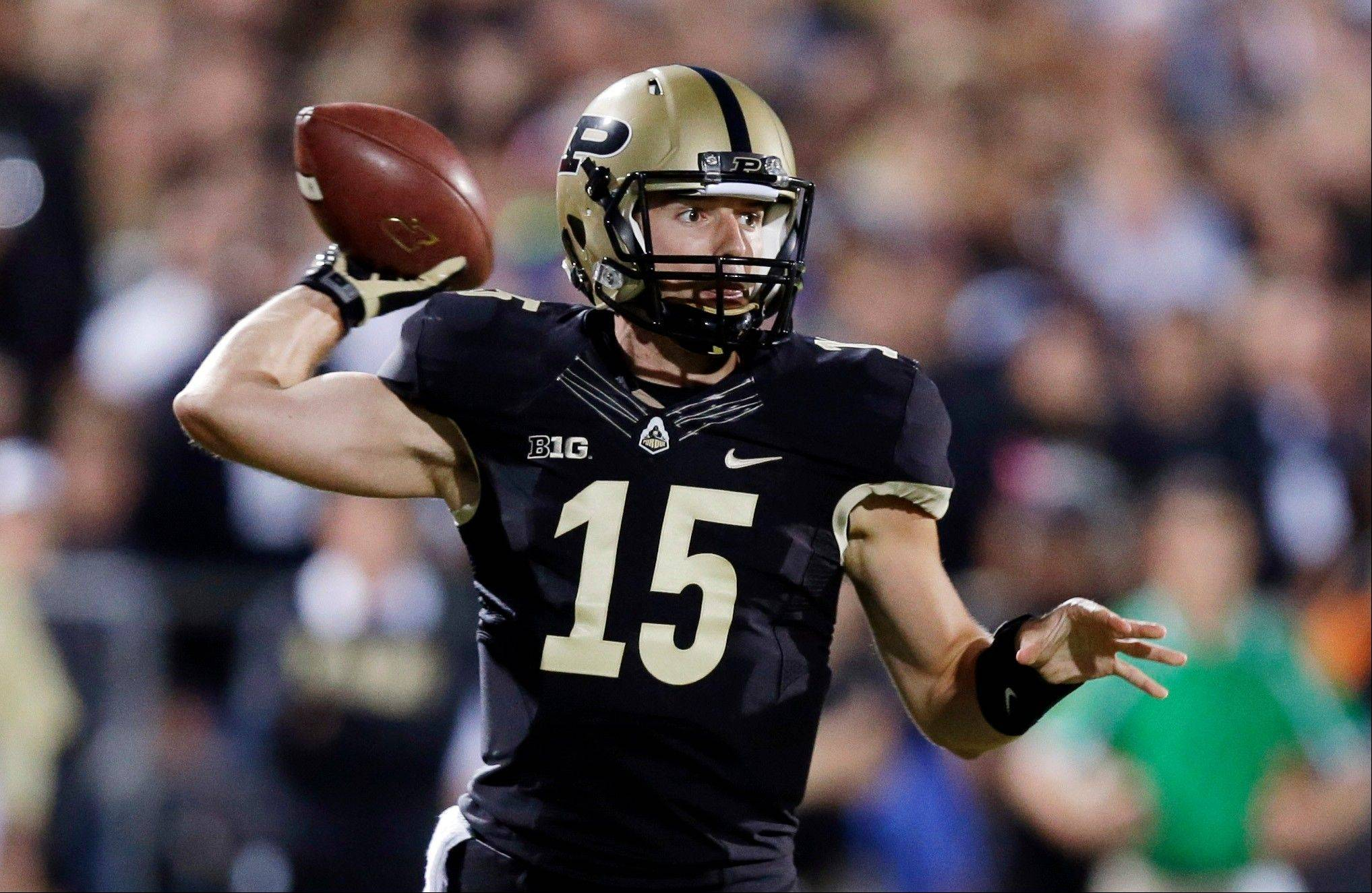 Purdue quarterback Rob Henry throws against Notre Dame during the first half of last weekend's loss to Notre Dame.