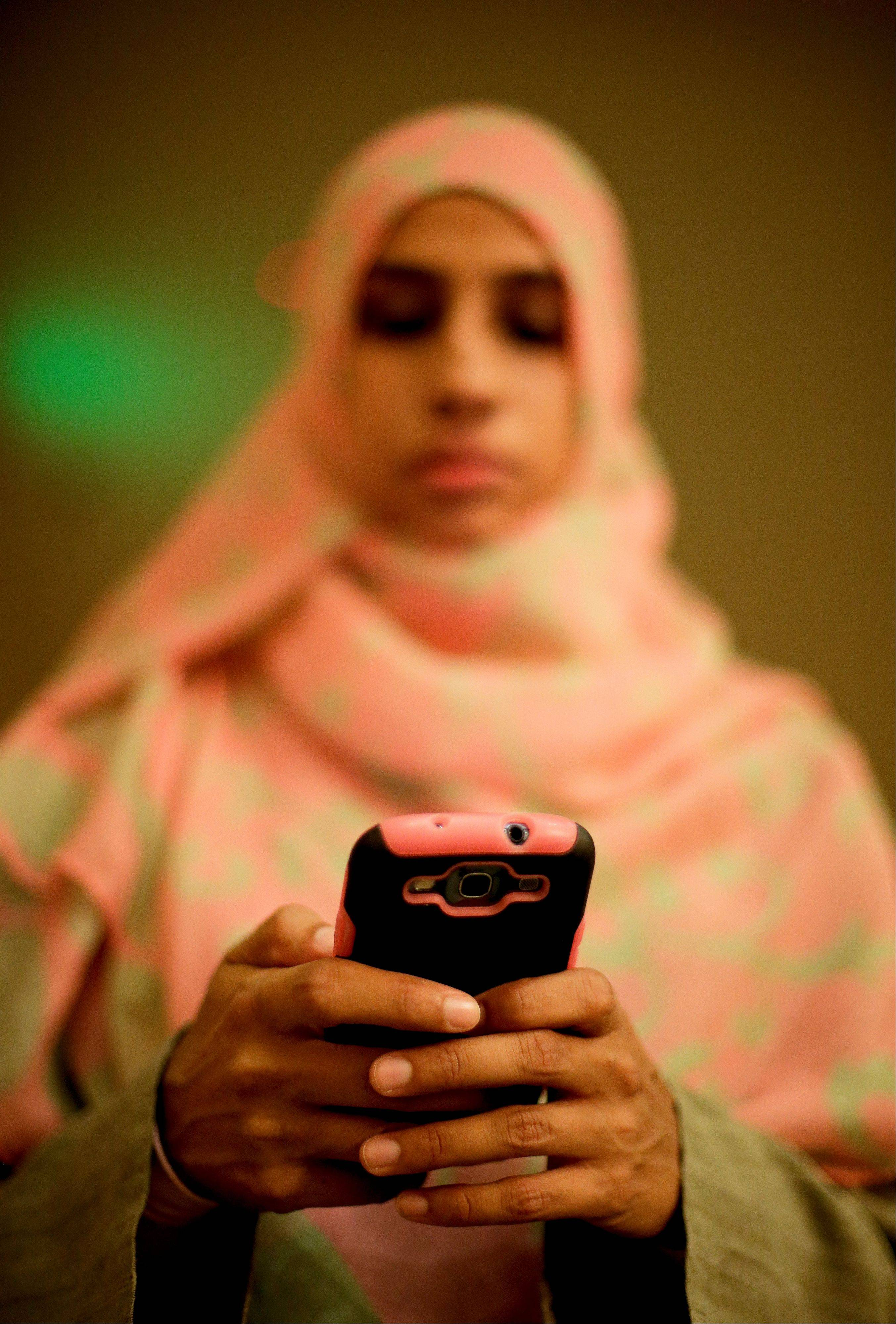 Associated Press Samina Mohammad, who oversees the youth program forwards texted questions to the imam, during a youth group meeting at a mosque, Friday, Sept. 6, in Anaheim, Calif. American Born Imams are rare, 85 percent of full time, paid imams in the U.S. are foreign-born. But, the demand for them is huge as concern grows about young Muslim Americans straying from a faith they no longer find relevant.