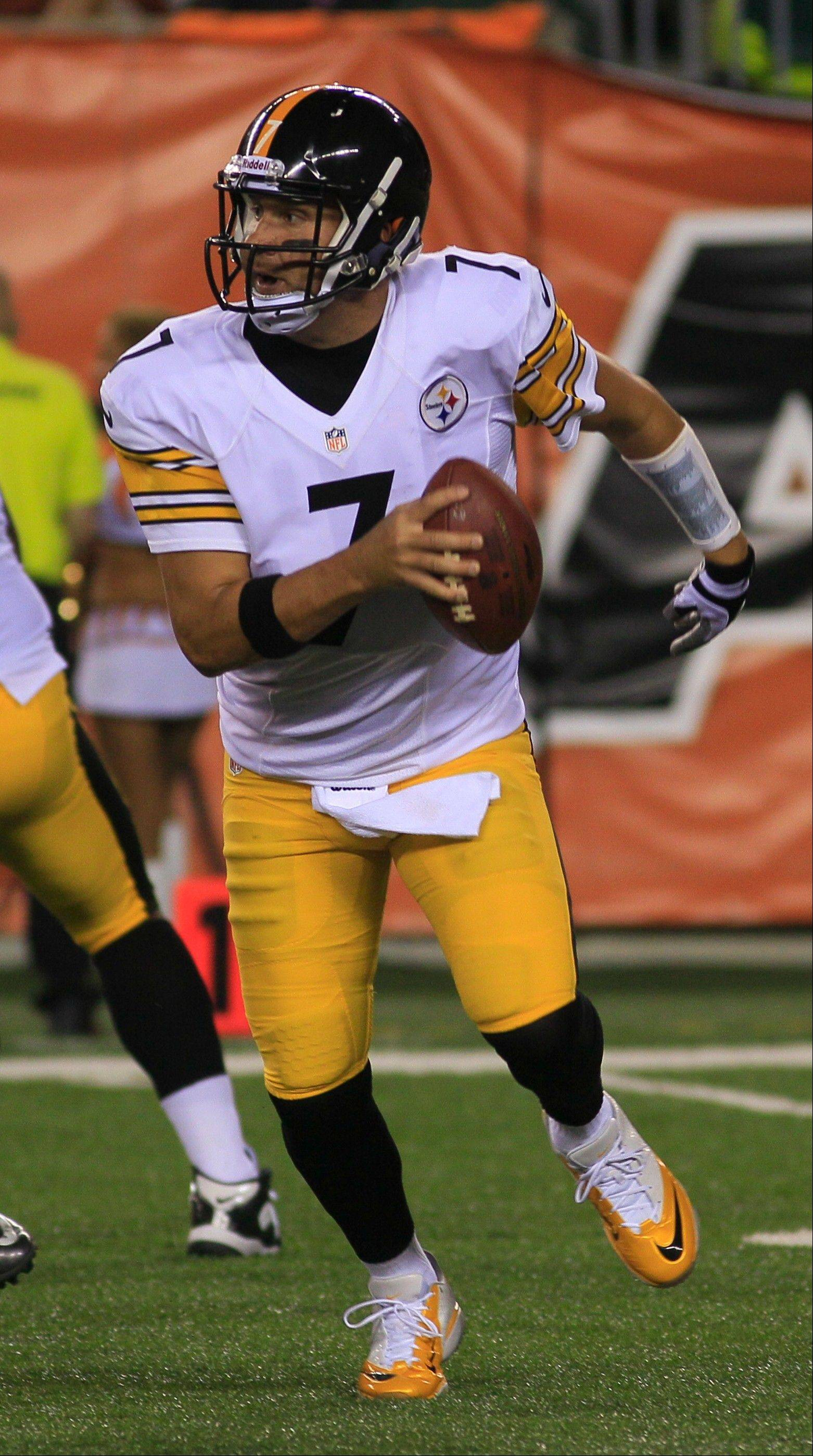 Pittsburgh Steelers quarterback Ben Roethlisberger rolls out against the Cincinnati Bengals in the second half of an NFL football game, Monday, Sept. 16, 2013, in Cincinnati.