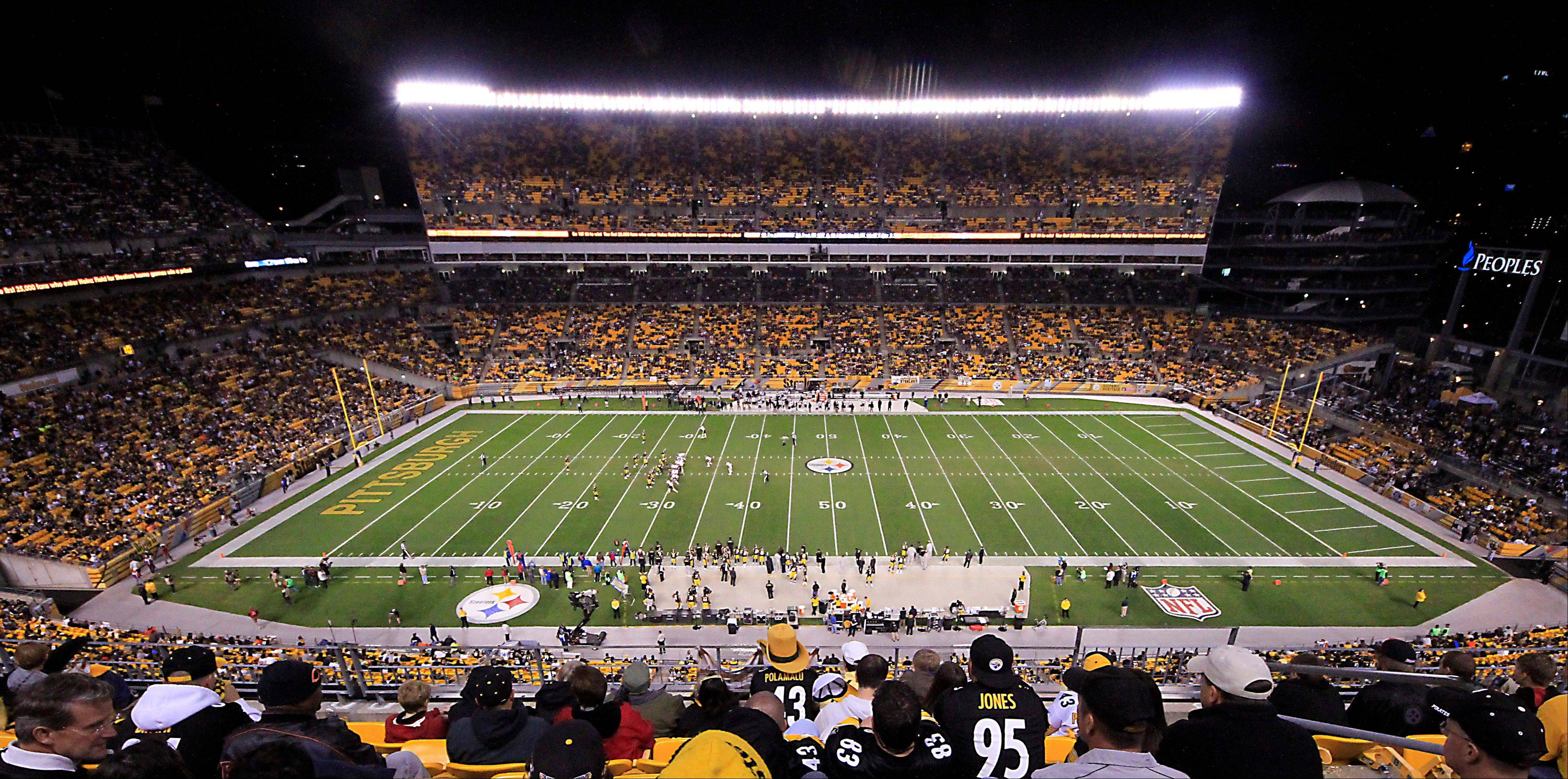 Pittsburgh Steelers fans watch from the upper deck seats at Heinz Field in the third quarter.