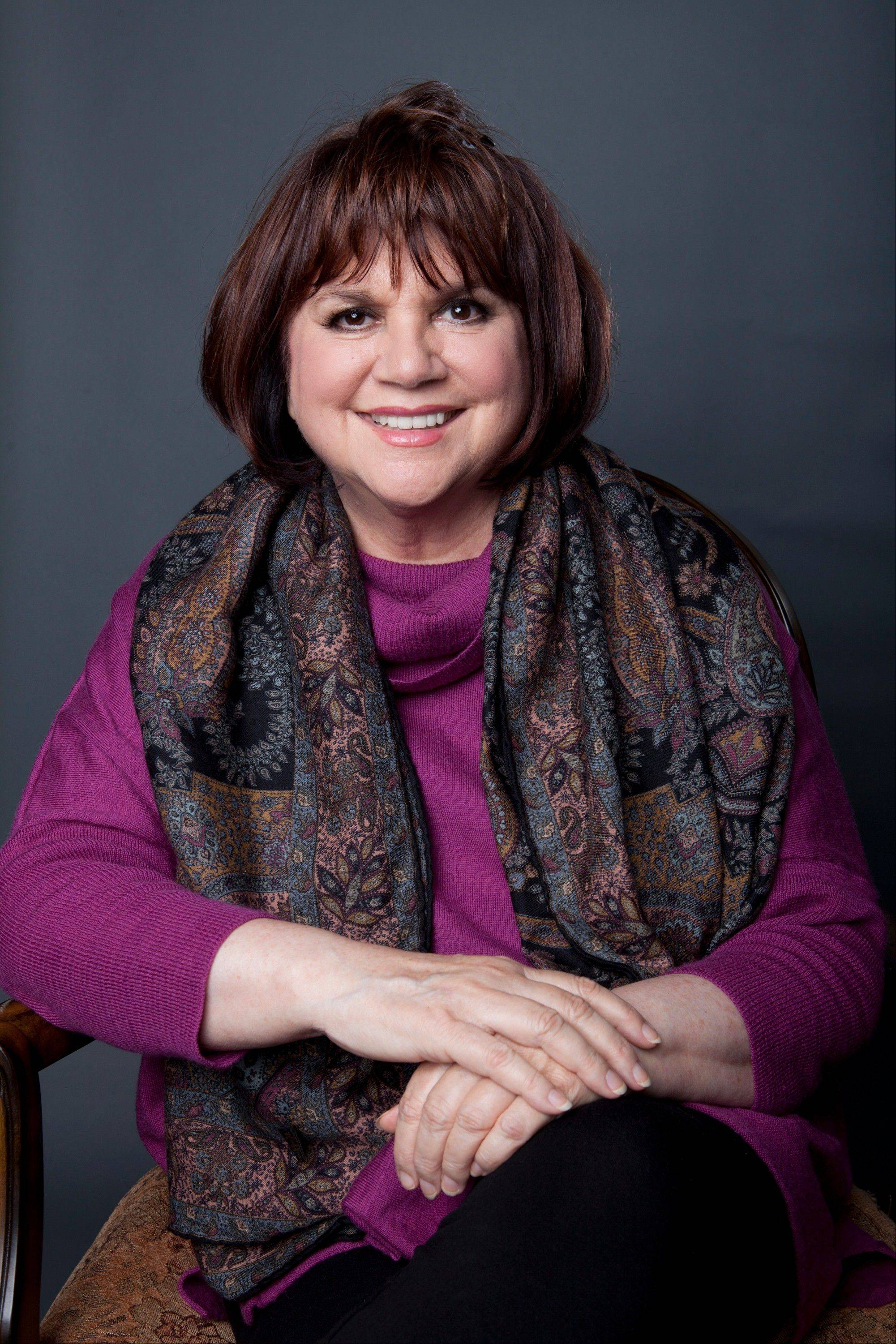 Linda Ronstadt is releasing her memoir �Simple Dreams.�