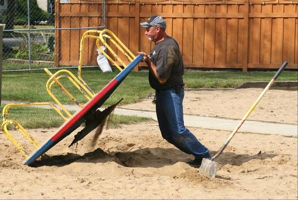Don Prellberg Special Projects Supervisor For The Des Plaines Park District Removes Merry