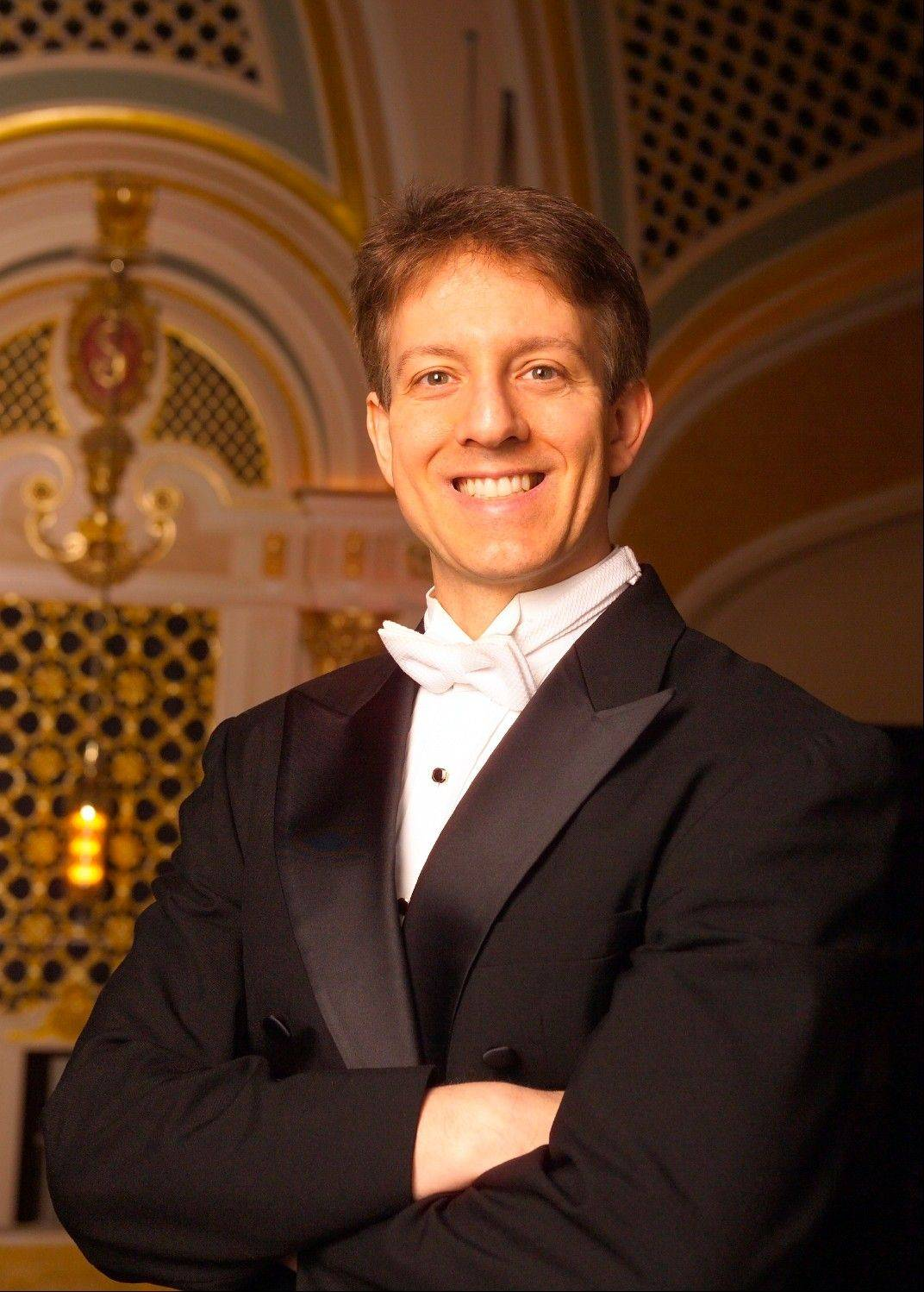 "Scott Speck, the new artistic director of the Chicago Philharmonic, conducts the concert ""Twilight of the Romantics: Strauss, Stravinsky and Tchaikovsky"" at Northwestern University's Pick-Staiger Concert Hall in Evanston on Sunday, Sept. 29."