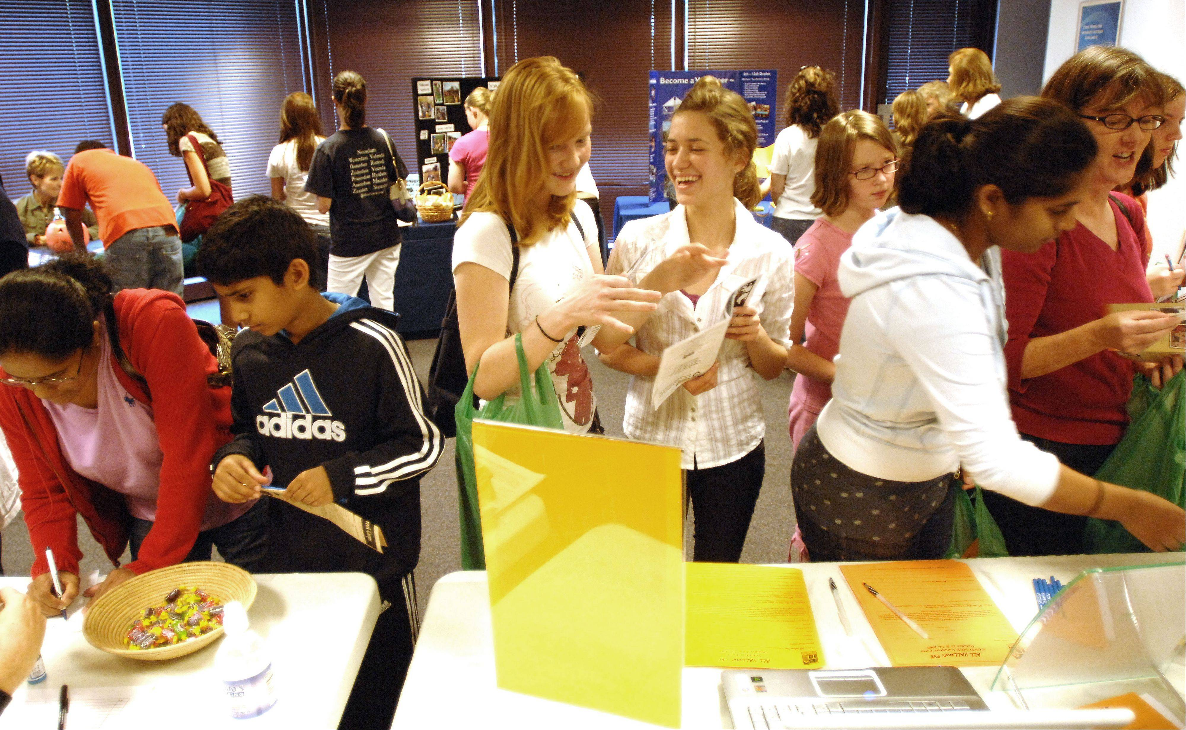 Teens and their families can learn about volunteer opportunities with Naperville-area nonprofits at the KidsMatter Youth Volunteer Fair. About 25 organizations will be represented.