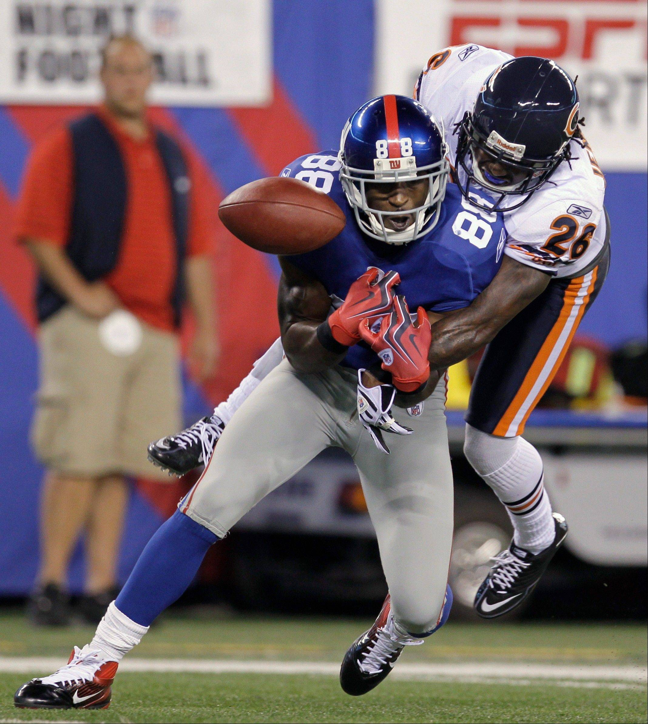 Giants WR Hakeem Nicks, here being defended by the Bears' Tim Jennings, didn't haul in a single pass last week.