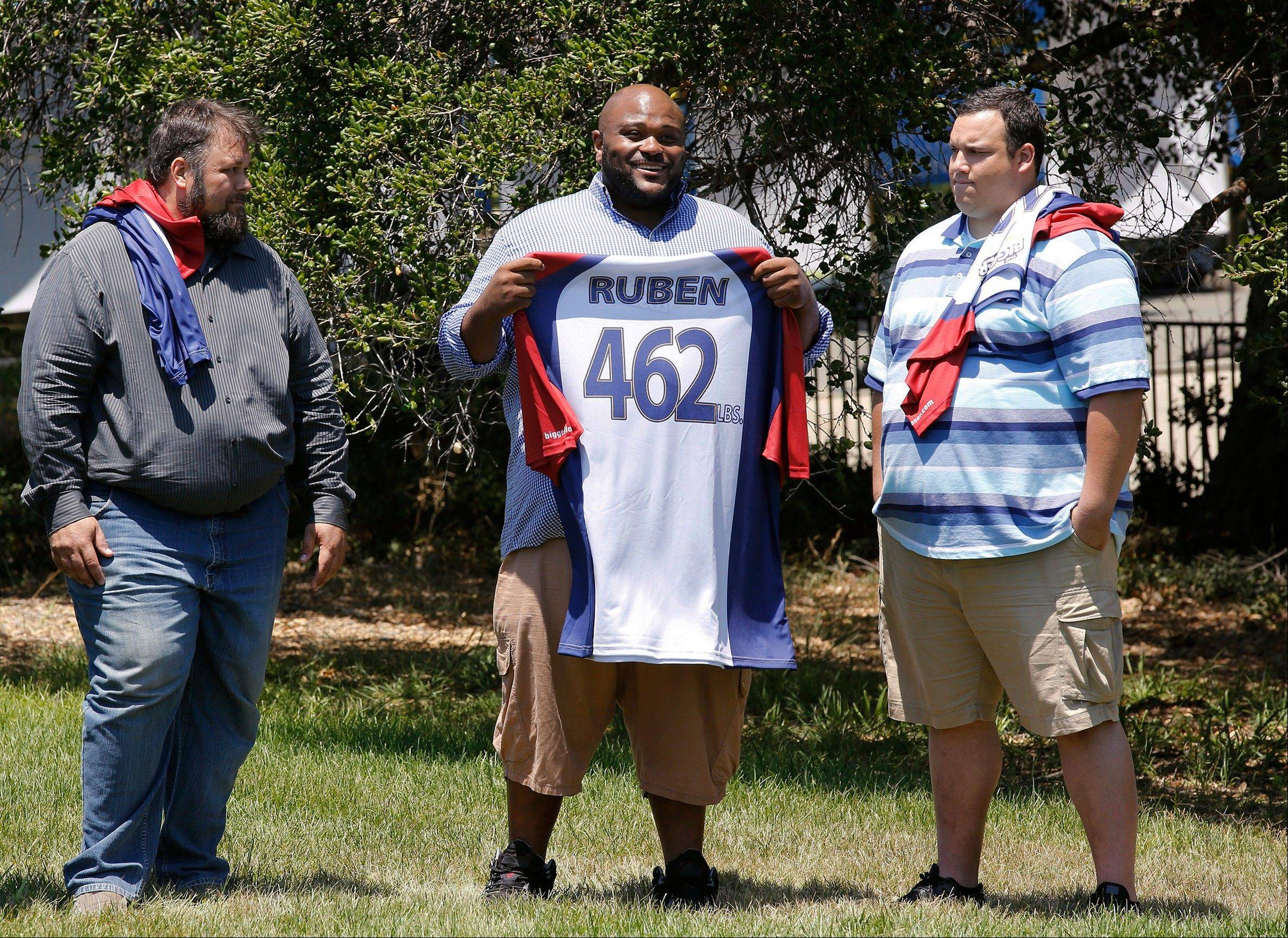 From left, David Brown, Ruben Studdard, and Hap Holmstead on �The Biggest Loser,� in Calbasas, Calif. Studdard, the season two winner of �American Idol� is the 15th season�s heaviest contestant at 462 pounds. �The Biggest Loser� returns Oct. 8 at 8 p.m. on NBC.