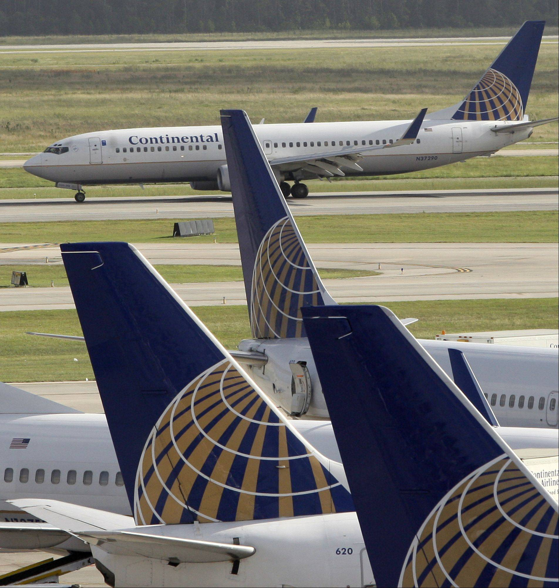 Chicago-based United Airlines and the union for many of its ground workers announced a new agreement on Thursday.