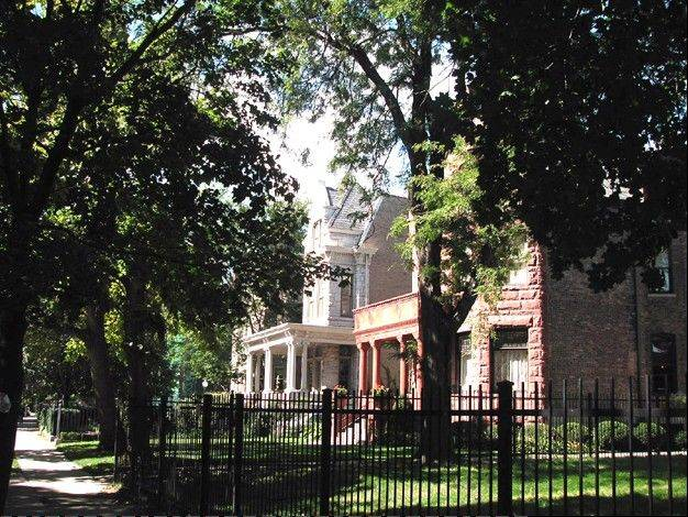 Located in Chicago's Lincoln Park neighborhood, the Arlington-Deming neighborhood contains a fine array of buildings exemplifying the high-quality residential and institutional buildings historically built in this north lakefront neighborhood