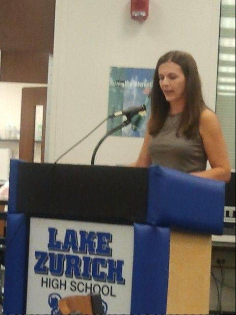 Russell Lissau/rlissau@dailyherald.com Parent Andrea Trudeau talks to the Lake Zurich Unit District 95 board about the need for air conditioning at the schools.