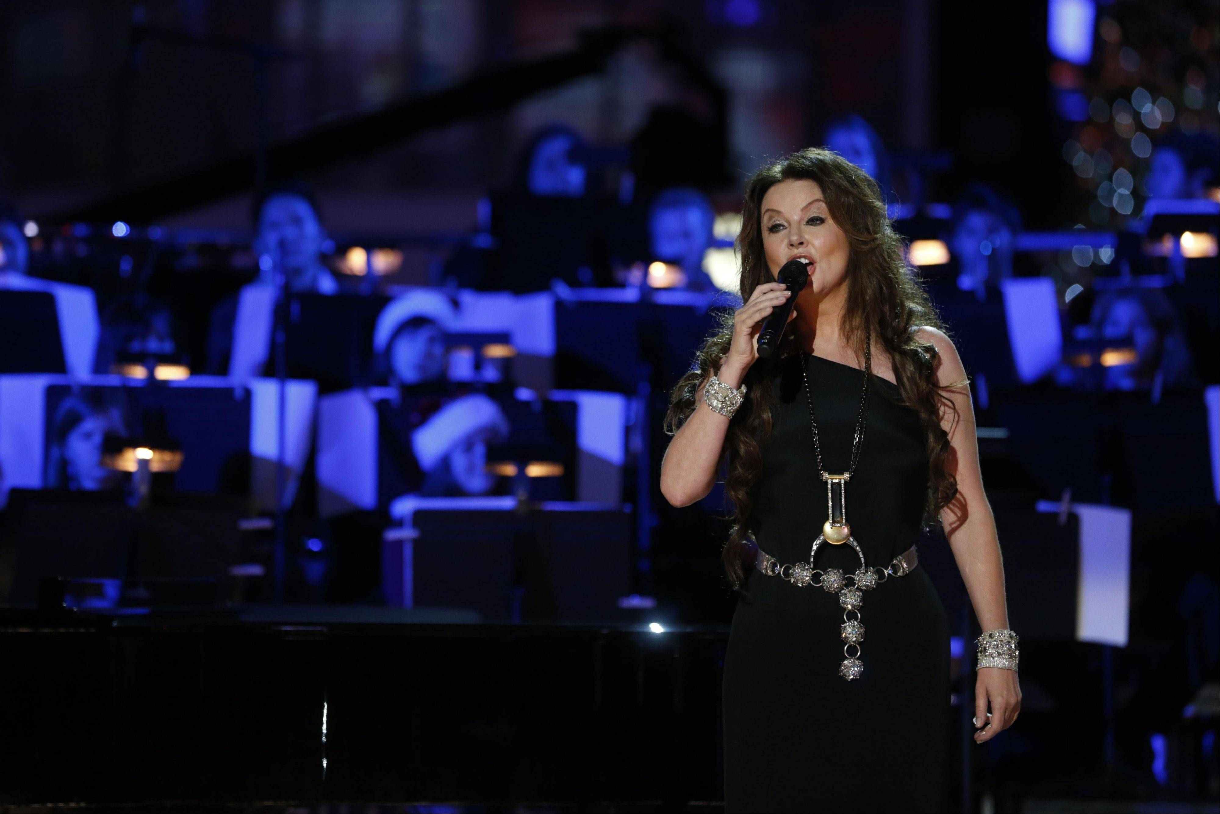 "Sarah Brightman brings her ""Dreamchaser"" world tour to the Rosemont Theatre on Saturday, Sept. 28."