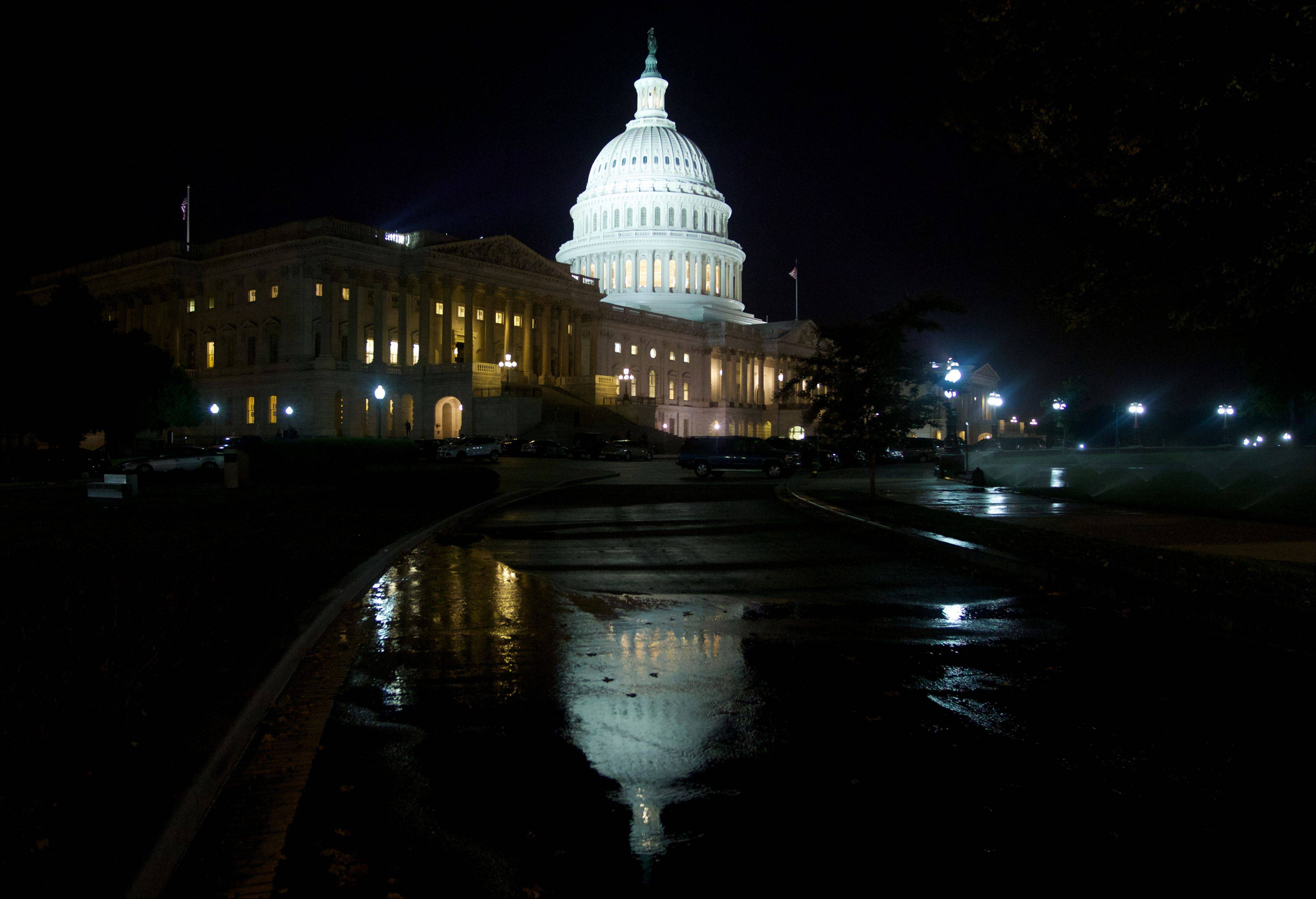 Who'll blink? Democrats, GOP in shutdown staredown