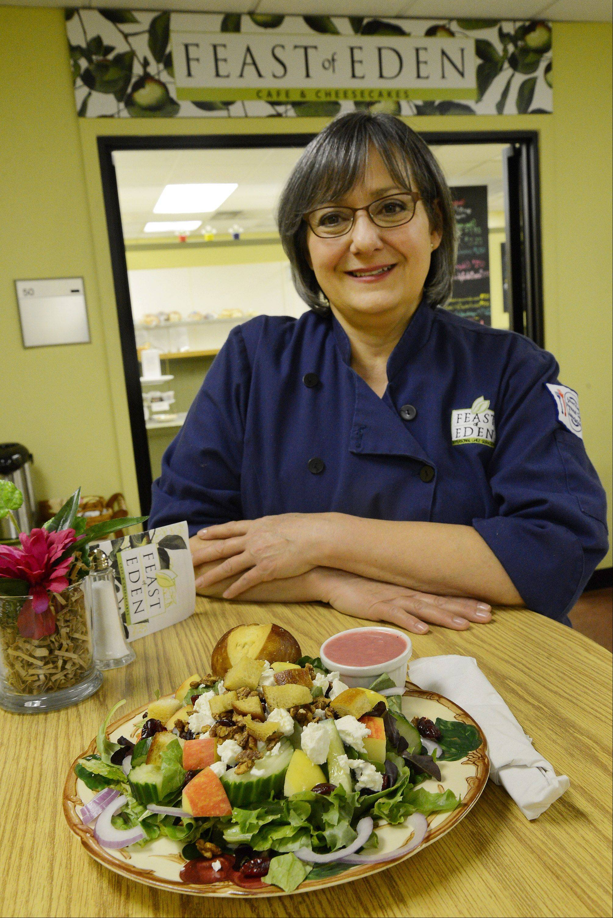 Lisa Bellan creates seasonal salads, sandwiches and soups for workers and visitors to the Harris Bank building in Palatine. She'll even pack up dishes to be taken home and enjoyed for dinner.