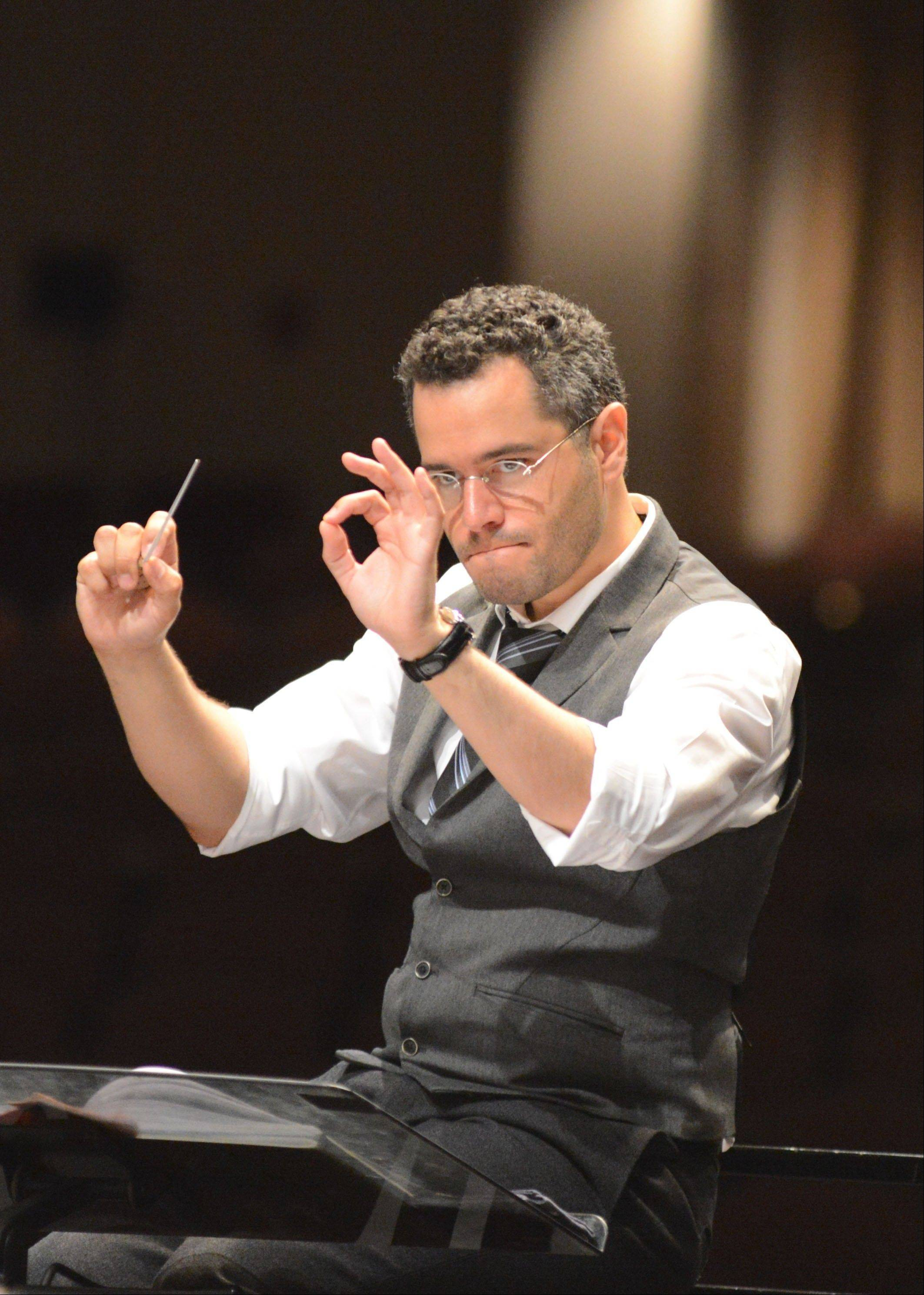 Andrew Grams conducts the Elgin Symphony Orchestra this weekend in his debut concerts as music director.