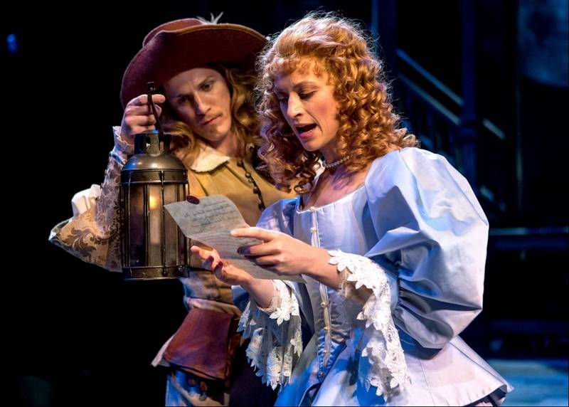 groener triumphs in chicago shakespeare s cyrano  nick dillenburg plays christian the handsome ier infatuated the lovely roxanne julie jesneck