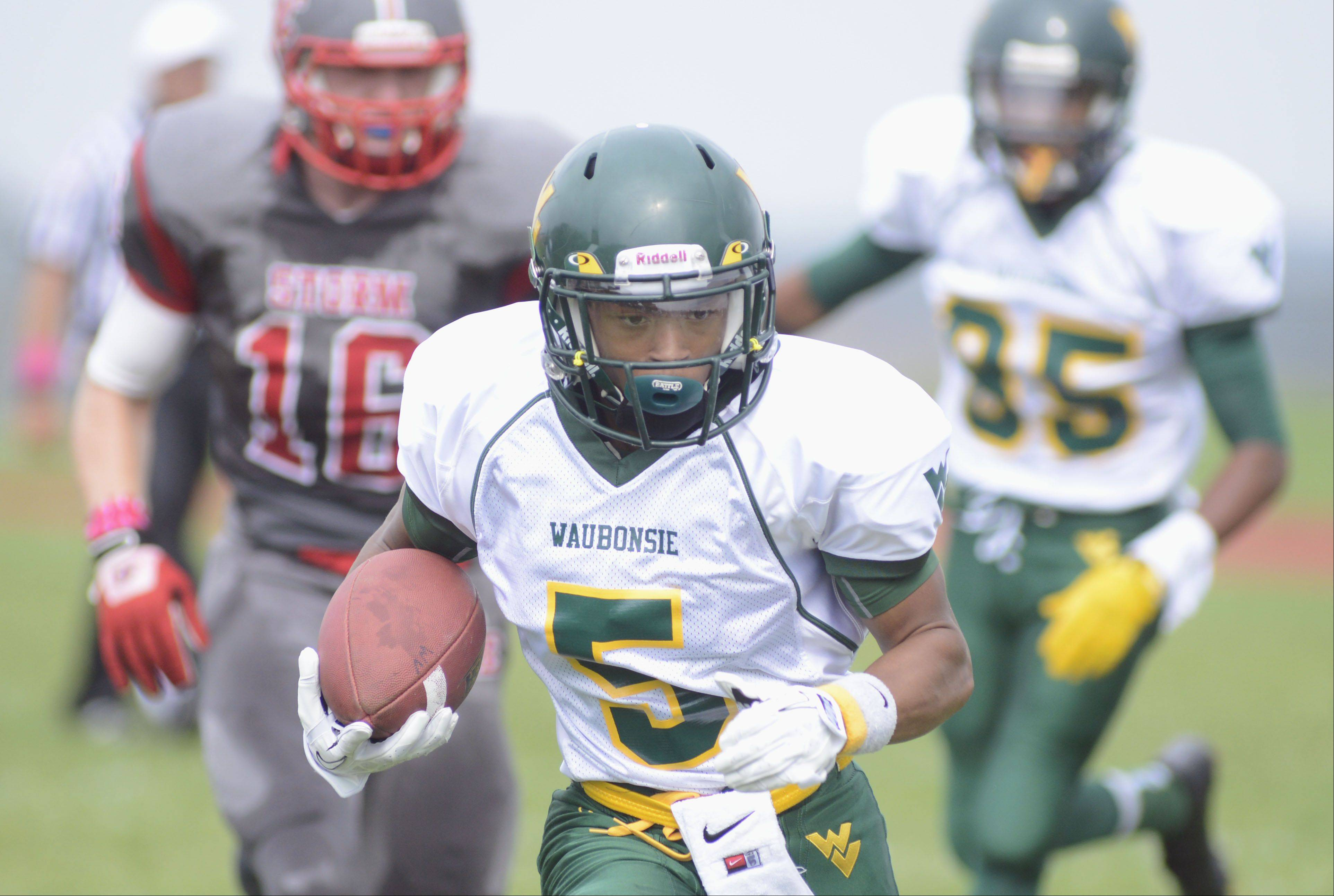 Waubonsie Valley�s Devin Strickland makes his way to the end zone to score a touchdown in the first quarter on Saturday, October 5.