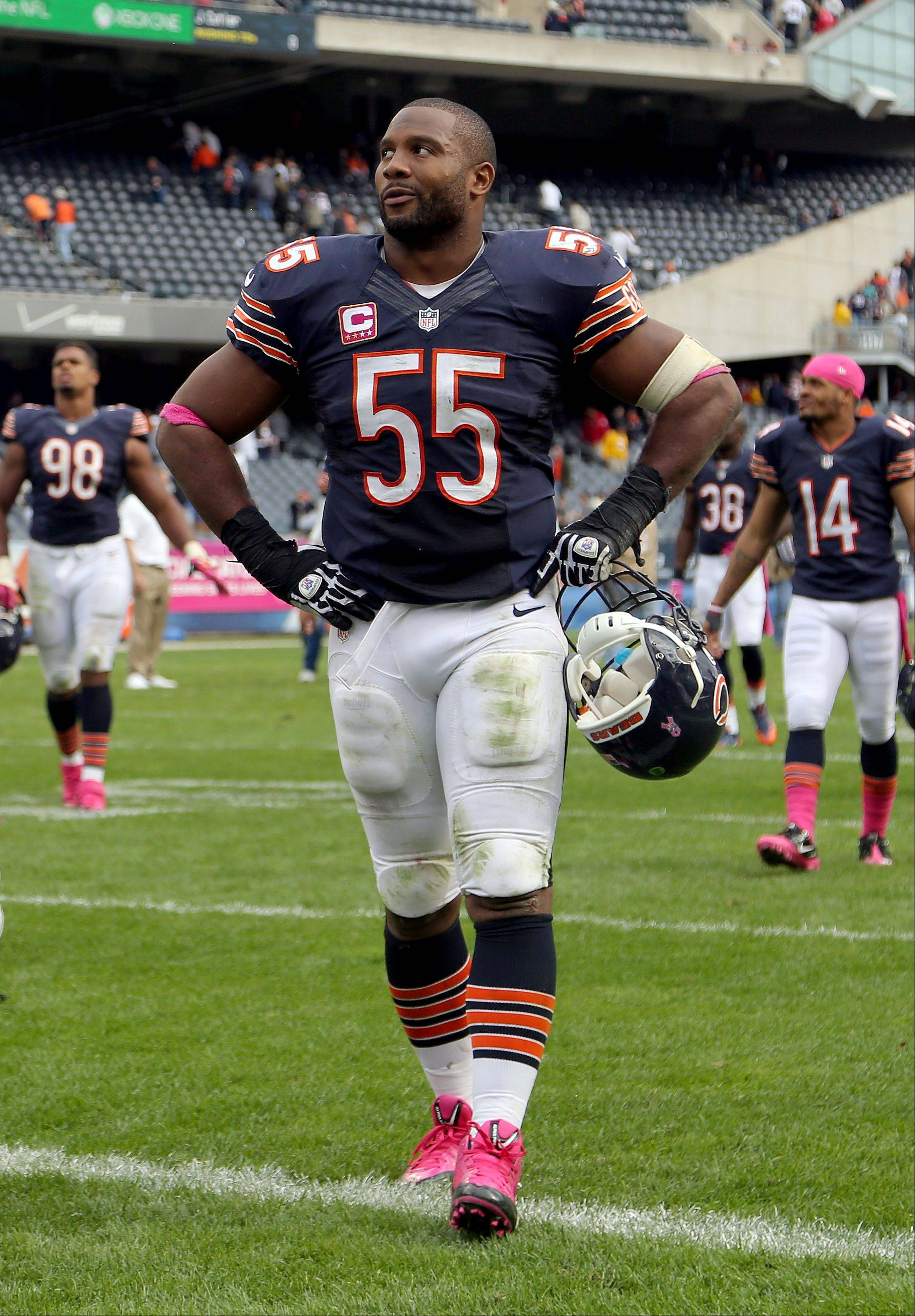 Chicago Bears outside linebacker Lance Briggs walks off the field during the Bears 26-18 loss to the New Orleans Saints.