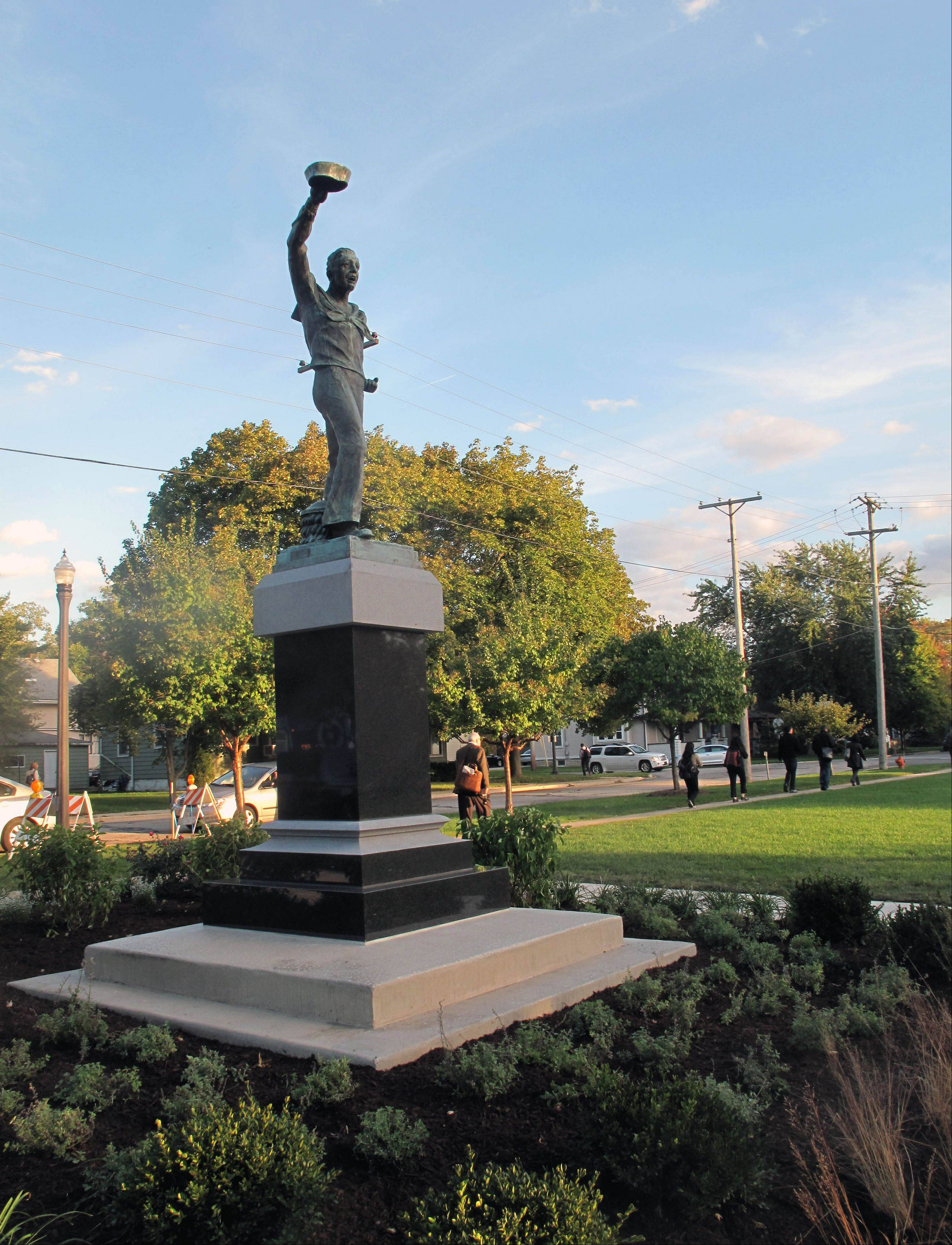 "The ""Spirit of the American Navy"" sculpture will be dedicated at 2 p.m. Sunday at Burlington Square Park in Naperville during a ceremony to mark the 238th anniversary of the founding of the U.S. Navy."