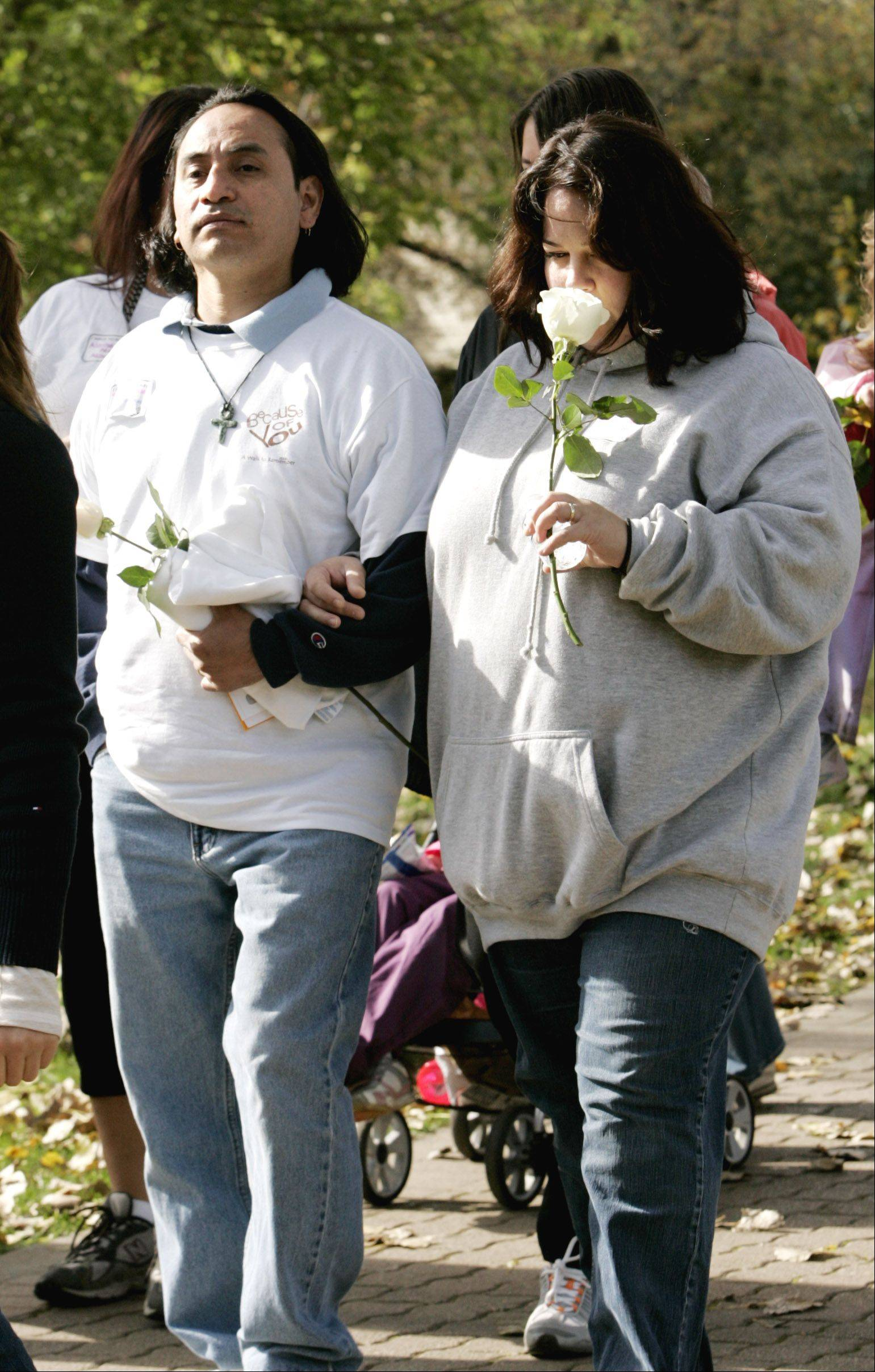 Parents who have experienced the death of a baby during pregnancy or in early infancy will receive a memorial white rose in a ceremony preceding A Walk to Remember on Saturday in Naperville.