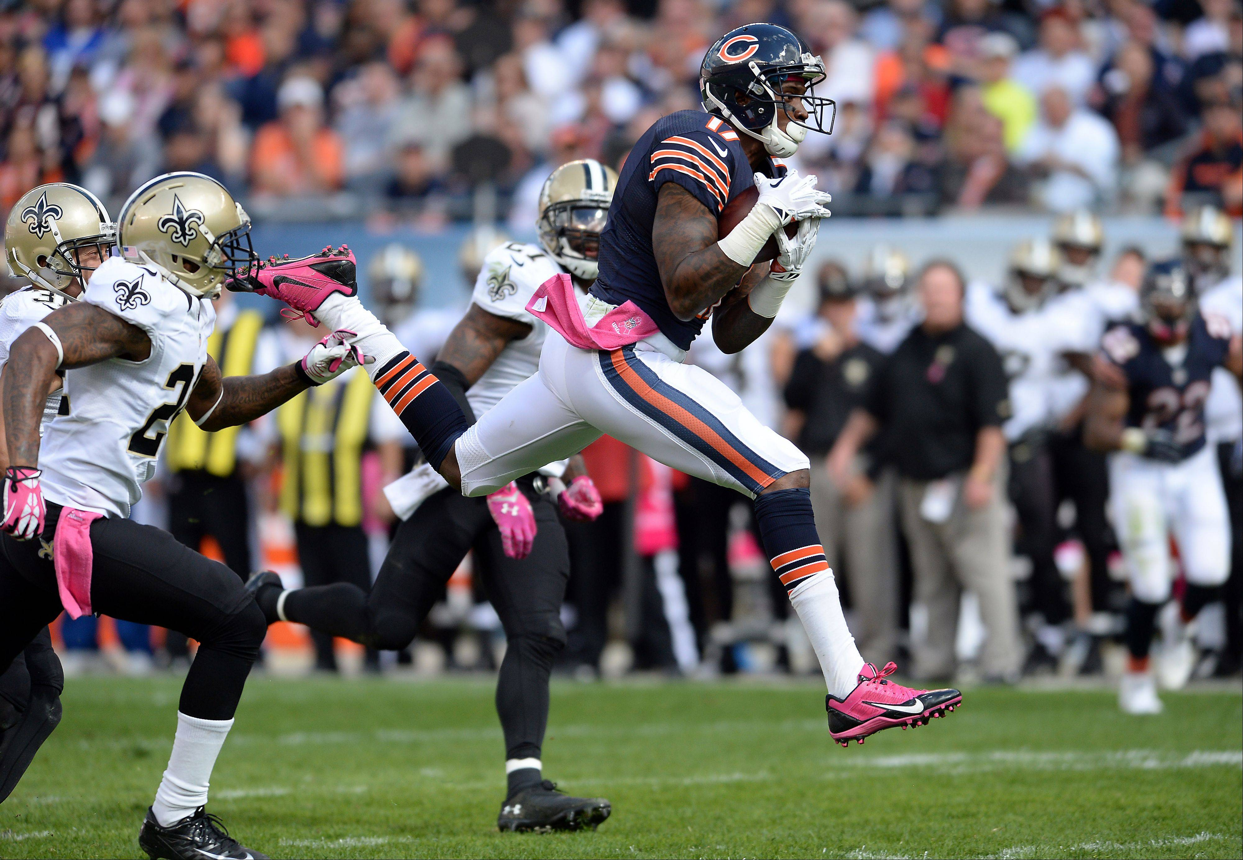 Alshon Jeffery set the Bears' single-game record by piling up 218 receiving yards in Sunday's loss to the New Orleans Saints.