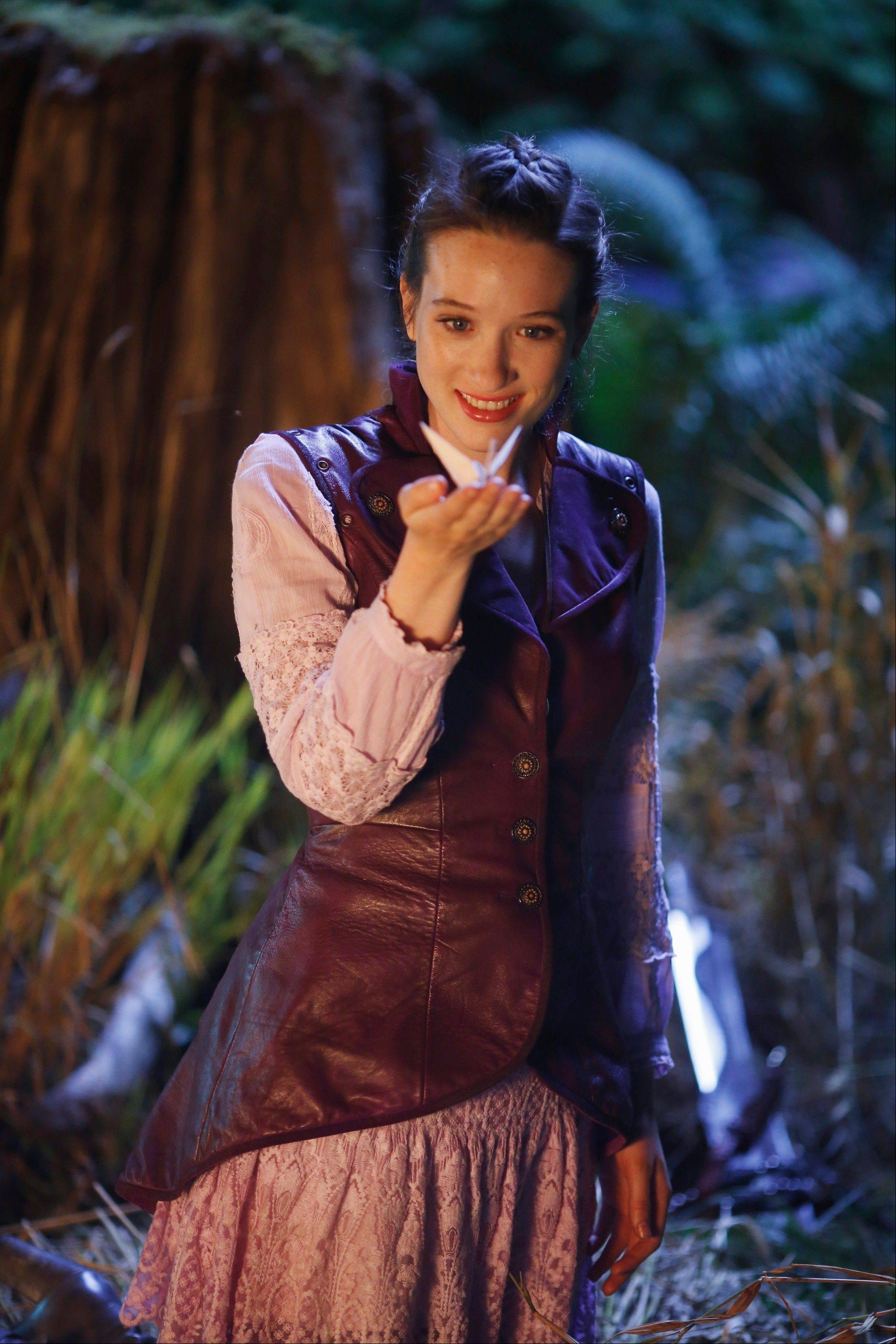 "Sophie Lowe plays Alice in the new series ""Once Upon a Time in Wonderland,"" premiering at 7 p.m. Thursday, Oct. 10, on ABC."