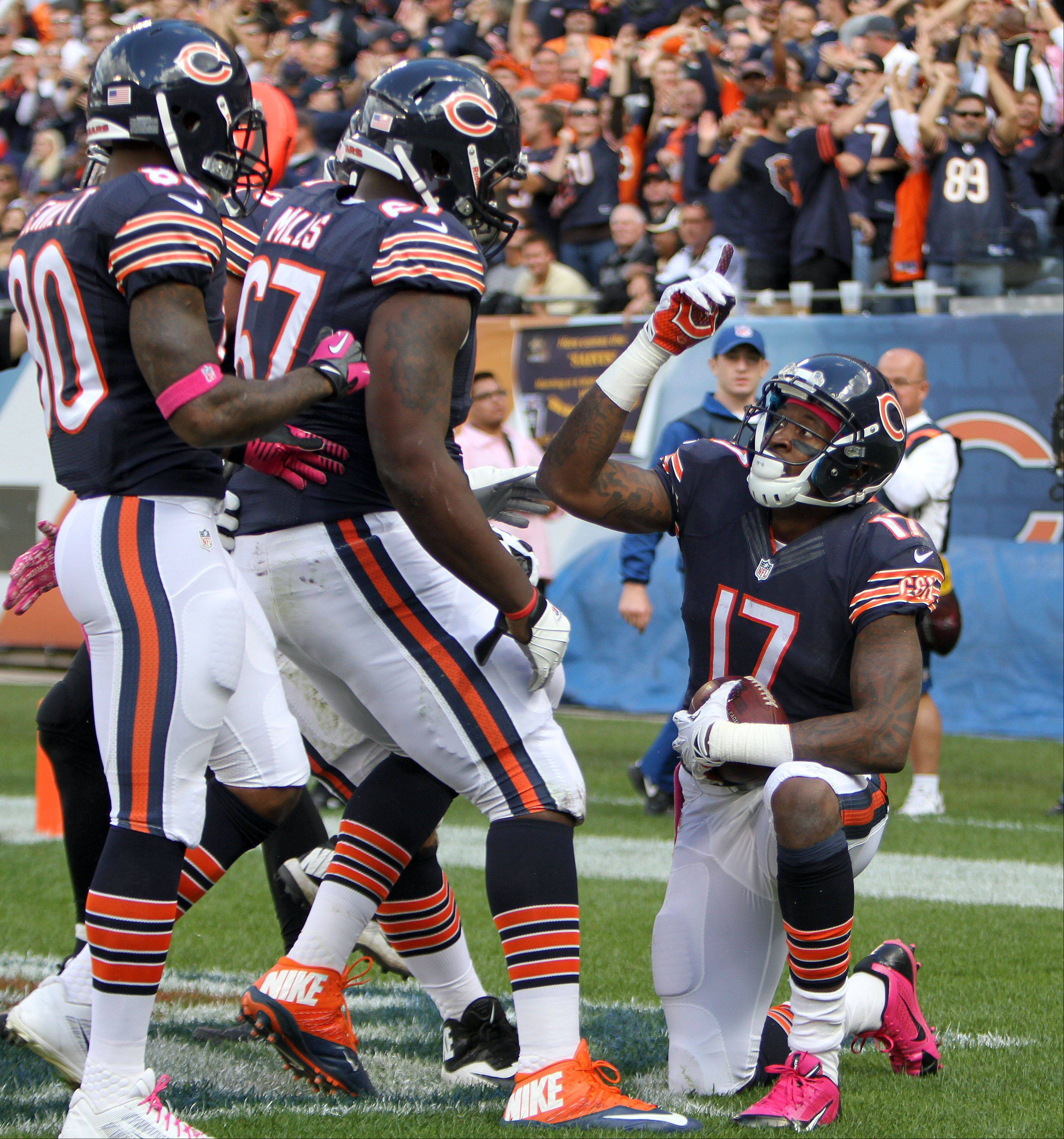 Alshon Jeffery points to the sky after his third-quarter touchdown last week. Jeffery finished with 10 catches for a team-record 218 yards.