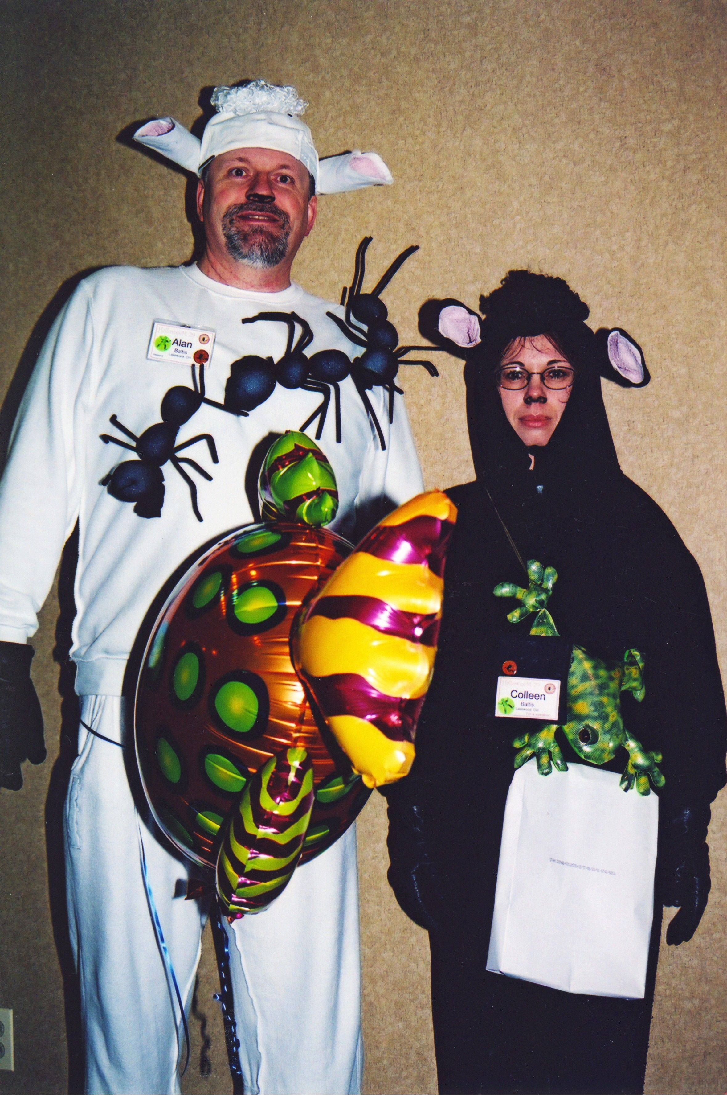 Two sheep, perched ants, a toad and a ream of paper walk into the local Mensa club's annual HalloweeM meeting of the minds for smart people. You'll have to read the column to see the deciphering for this costume pun.