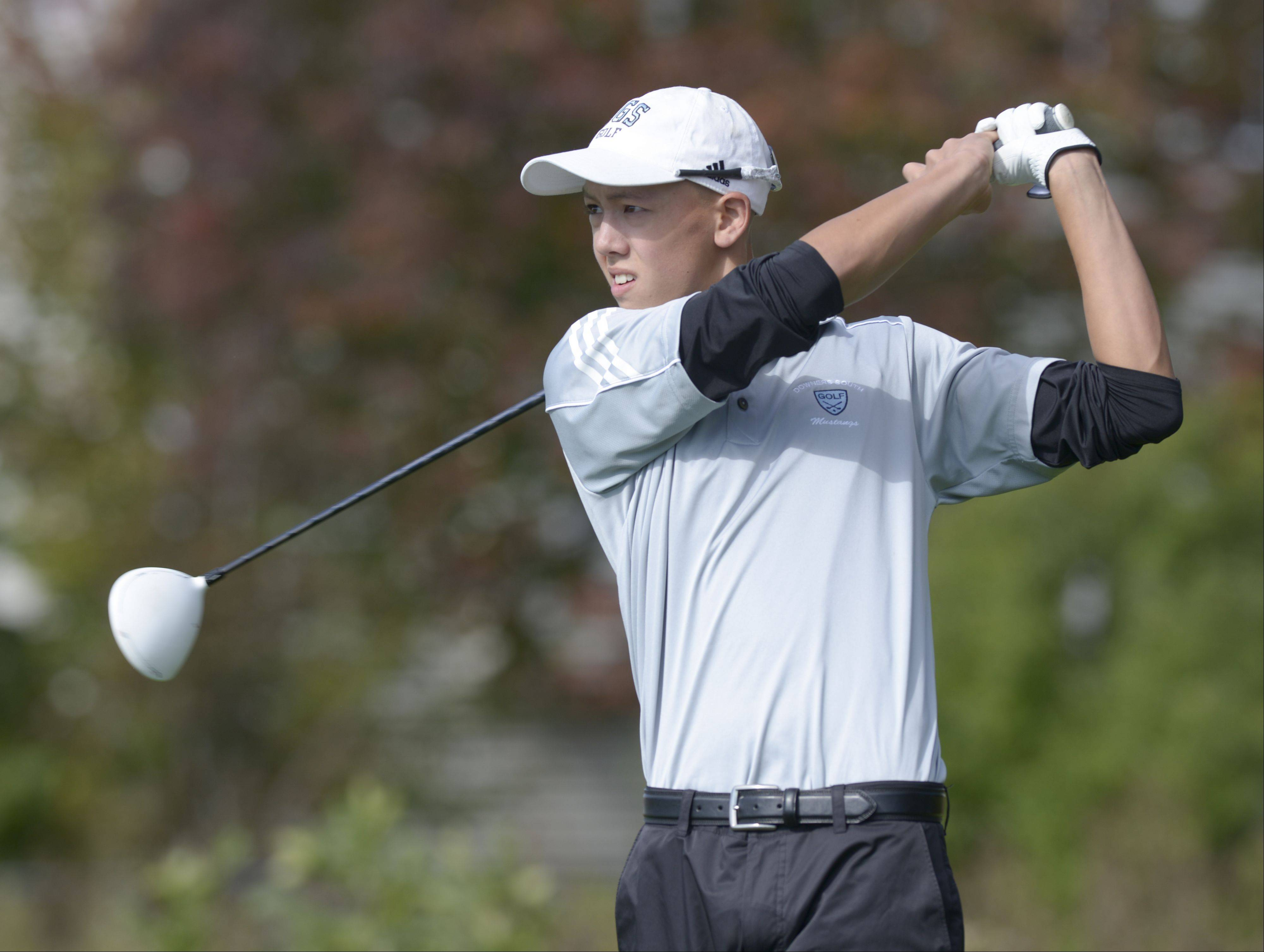 Mark Black/mblack@dailyherald.comTrent Caraher of Downers Grove South tees off during the Class 3A Naperville Central sectional boys golf tournament, Monday at Springbrook Golf Course in Naperville.