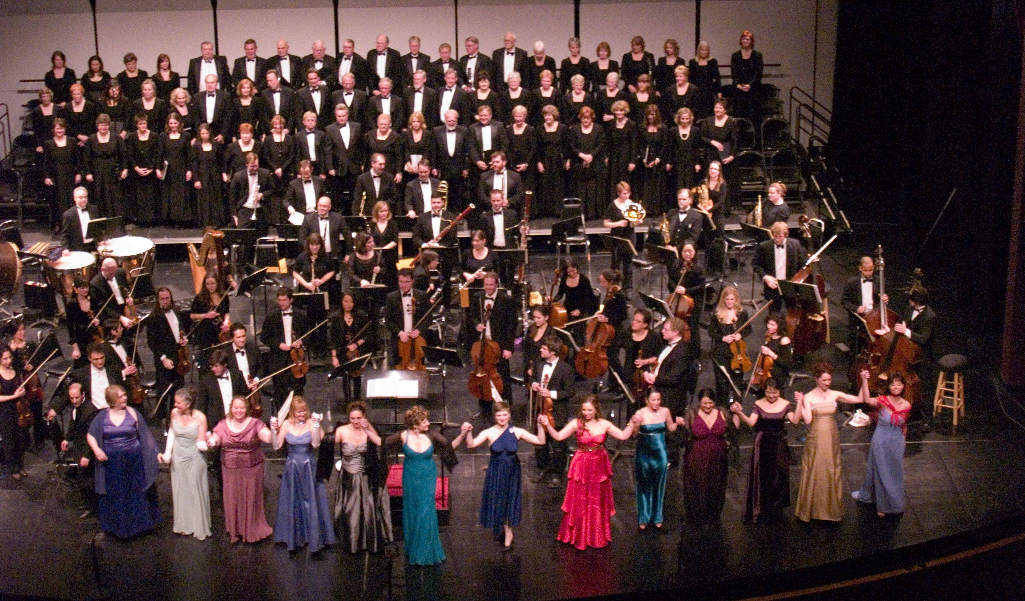 "Soloists with Elgin Opera team up with the New Millennium Orchestra and the Elgin Choral Union for the concert ""Elgin Opera Goes Hollywood!"" in 2011 at the Hemmens Cultural Center in Elgin."