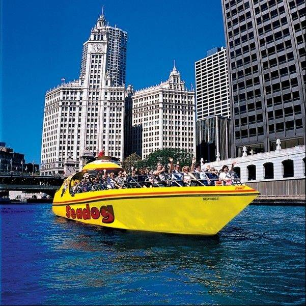 Celebrate Halloween on a Seadog Haunted Tour on the Chicago River.