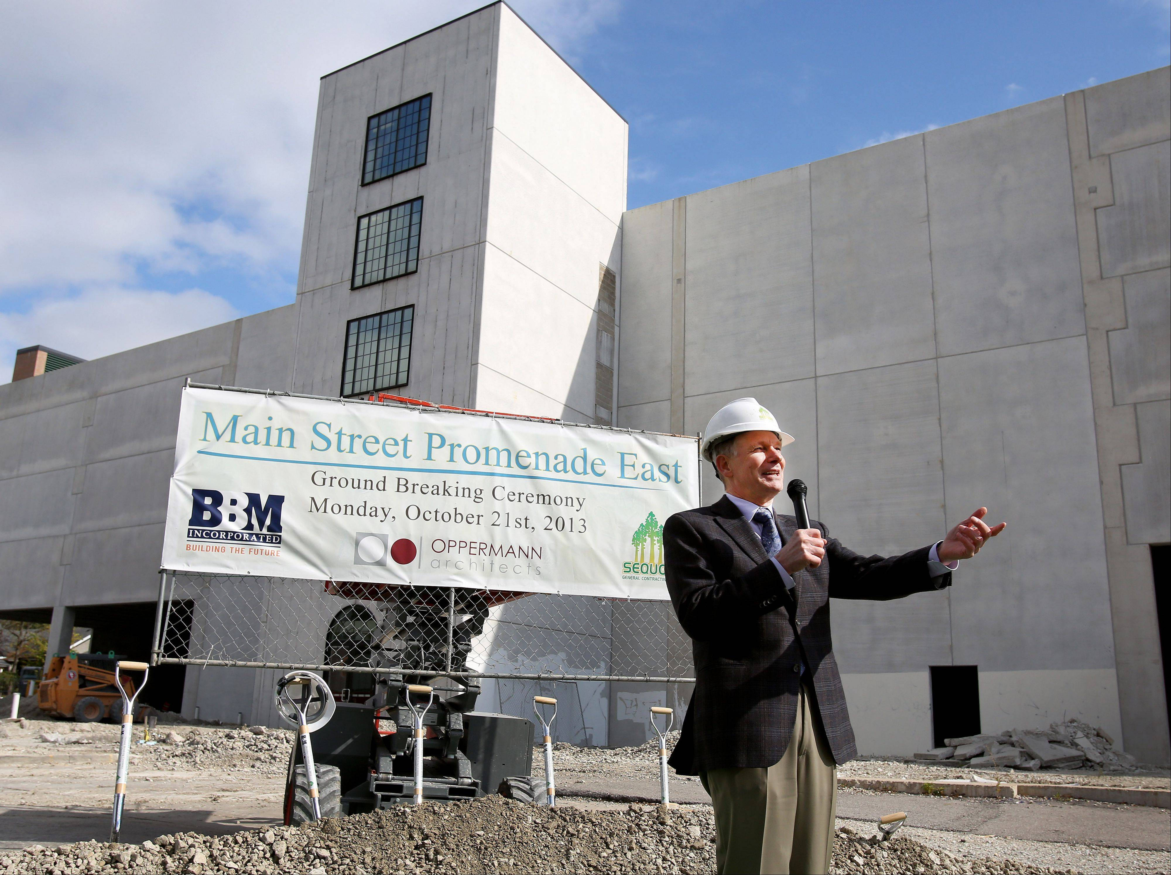 "Developer Dwight Yackley, president of BBM Incorporated, said the ""ugly gray box"" at Van Buren Avenue and Main Street will be bustling with activity by next fall."