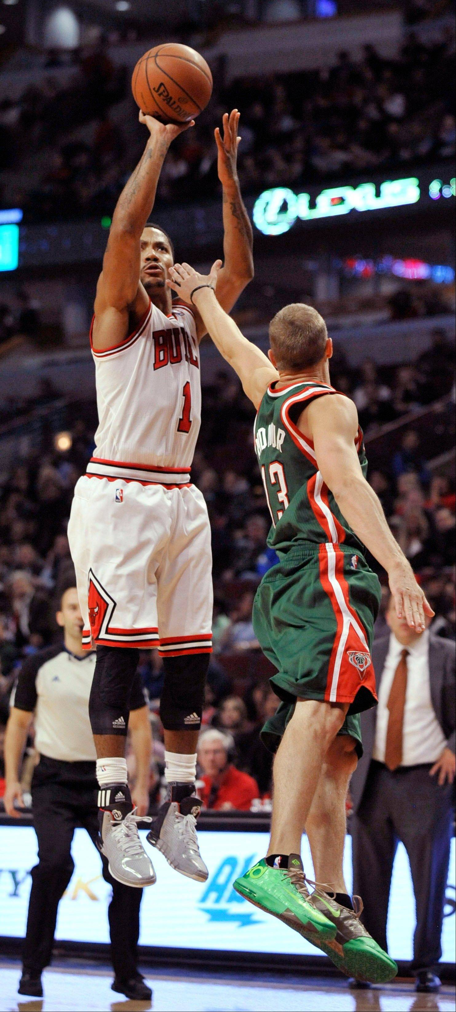 In a GM survey released Tuesday, Bulls guard Derrick Rose was voted the second-best point guard in the NBA.
