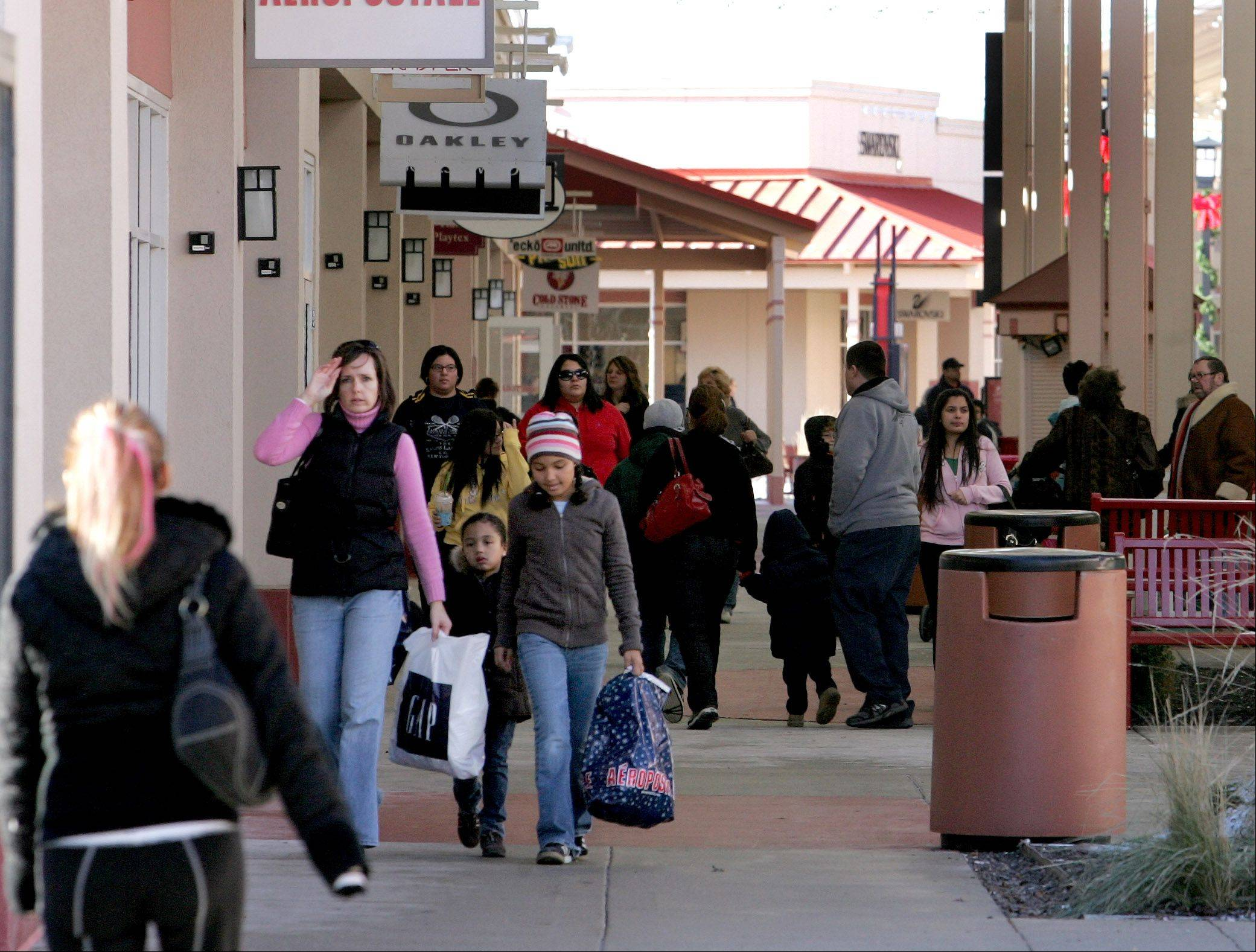 Major expansion in store for Aurora outlet mall