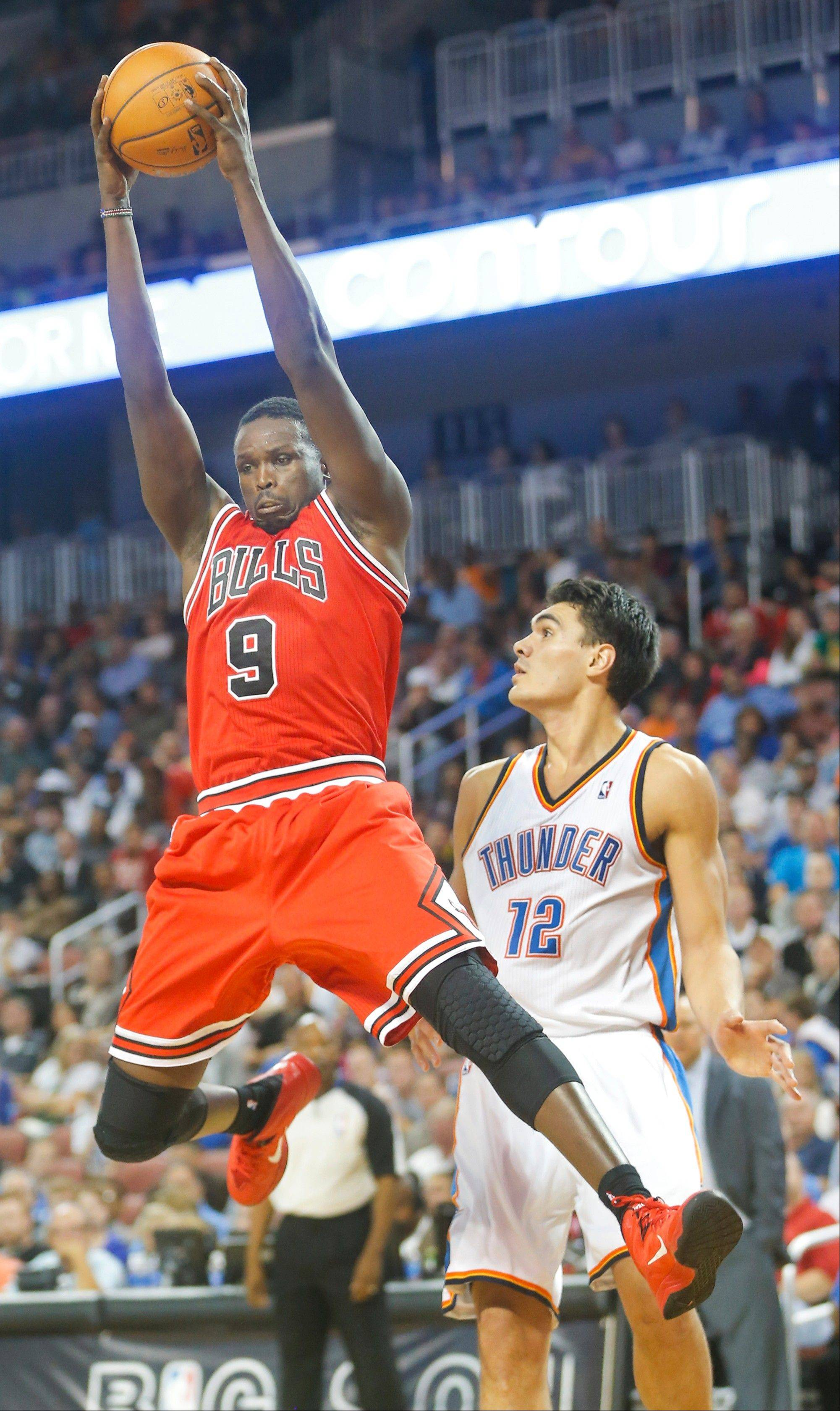 The resolution of Luol Deng's contract status rates a 7 on Mike McGraw's Bulls' Worry Meter