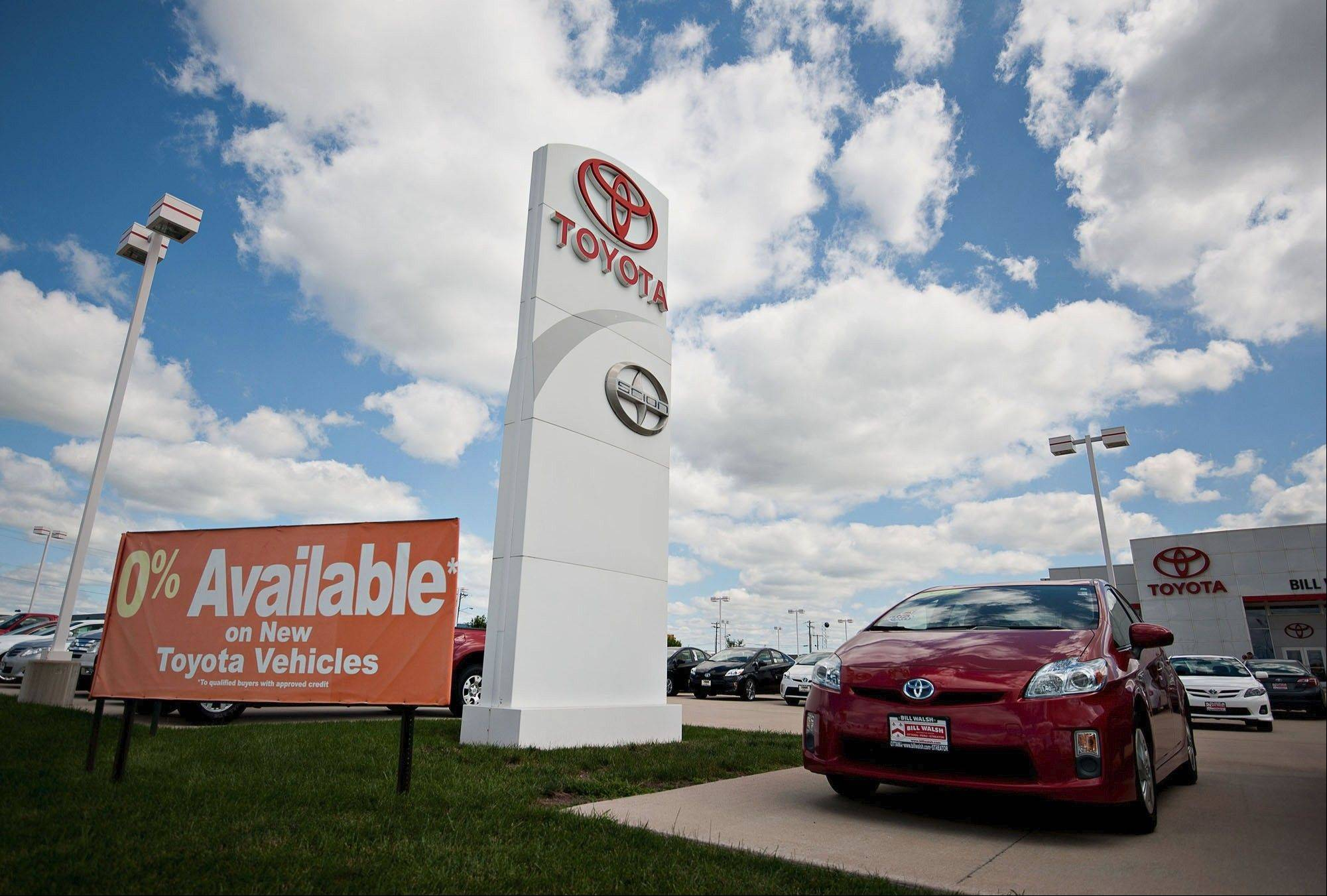 Toyota's in-house lender is leveraging the automaker's AA- credit rating and cash to offer low rates and keep customers coming back.