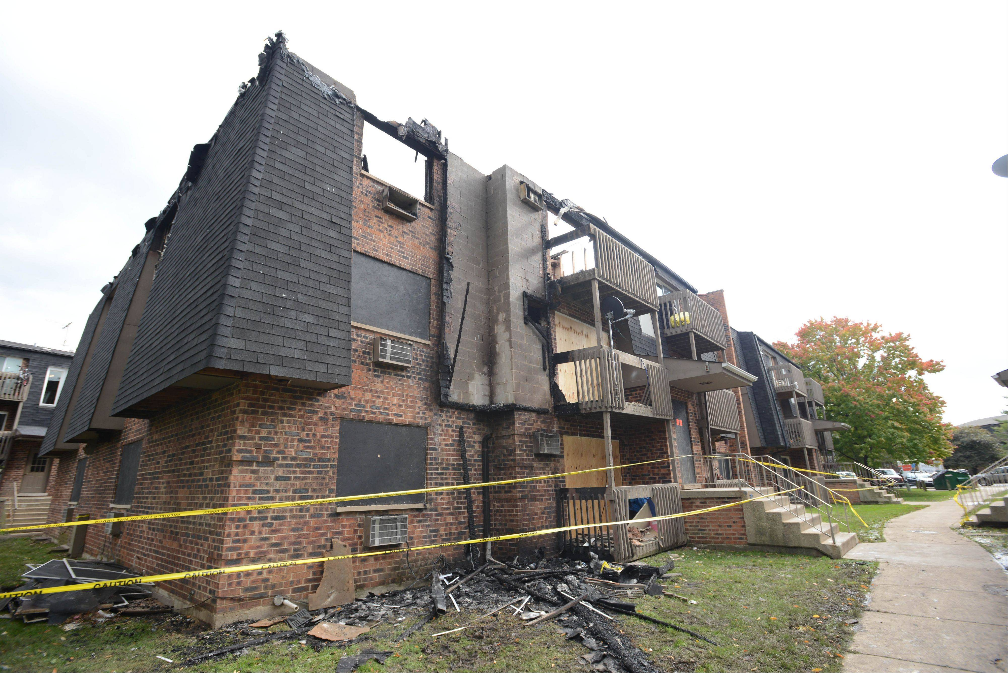 Investigators still are looking into what sparked a weekend fire that displaced two dozen families at Willow Lakes Apartments between Lombard and Glen Ellyn.