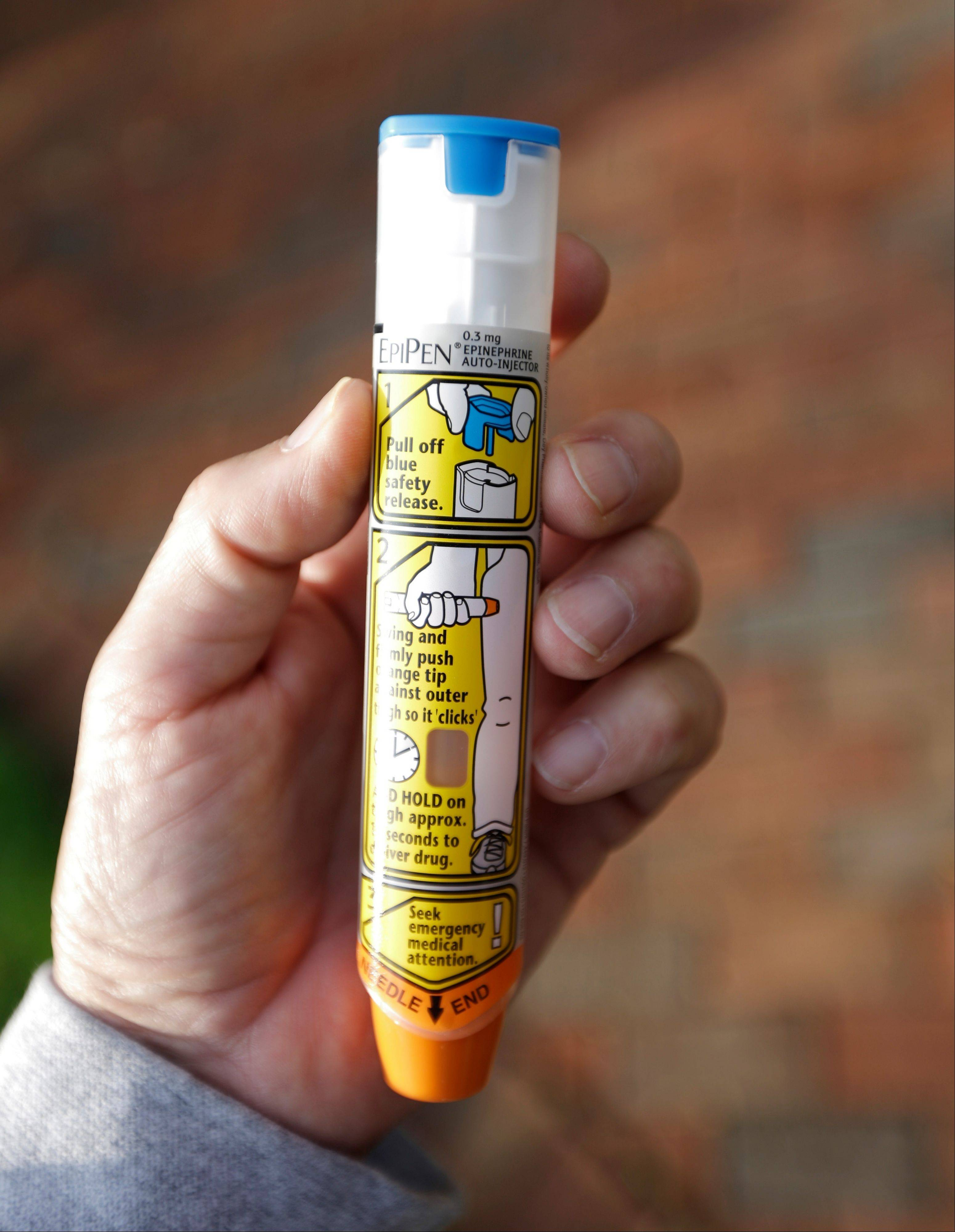 Kirk, Durbin want schools to carry epinephrine pens
