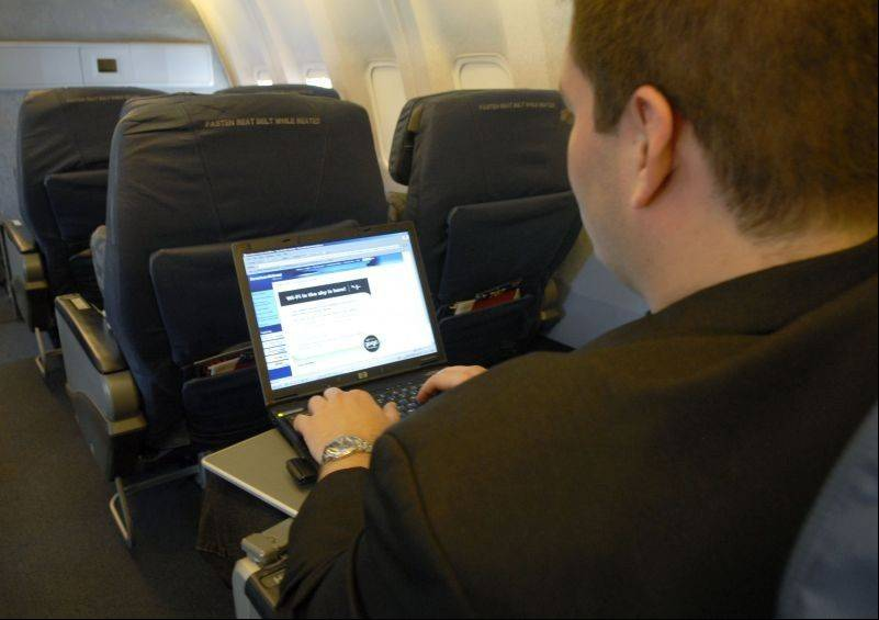 Gogo, a Wi-Fi provider for the airline industry, will move from Itasca to Chicago,