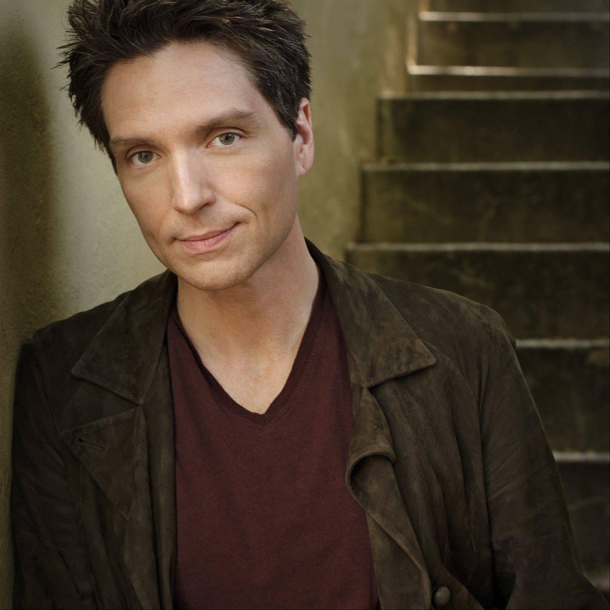Singer/songwriter Richard Marx performs at North Central College's Wentz Concert Hall in Naperville on Friday, Nov. 1.