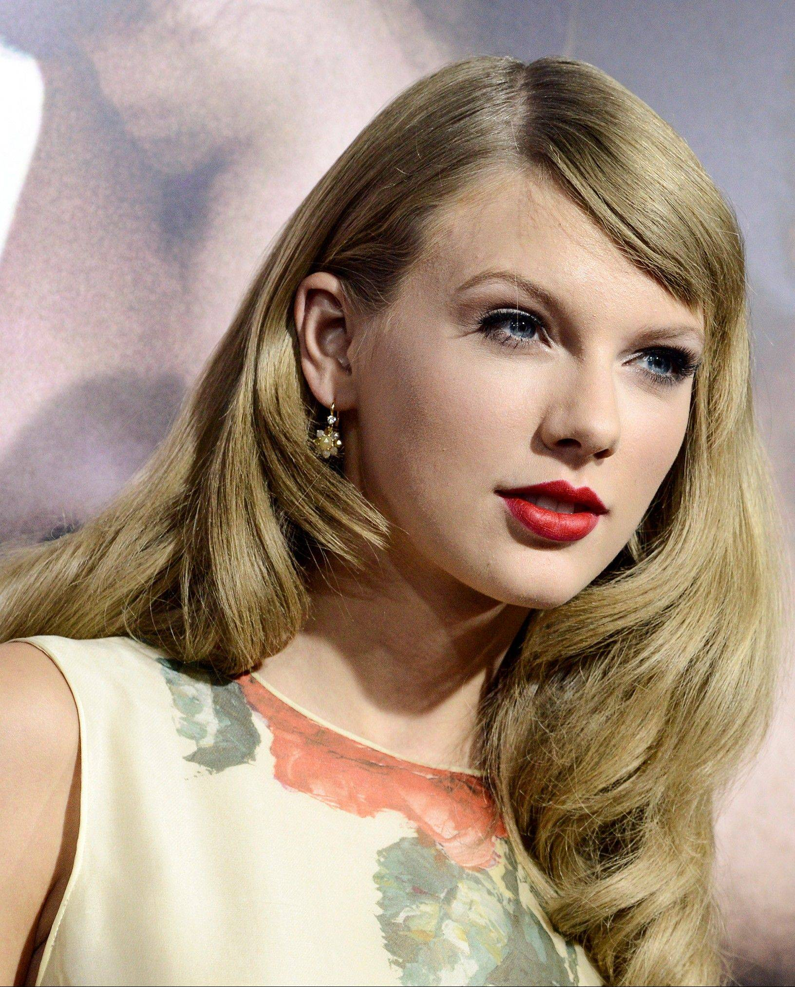 Taylor Swift is the top nominee for the $START_URL$American Country Awards;http://theacas.com$STOP_URL$.
