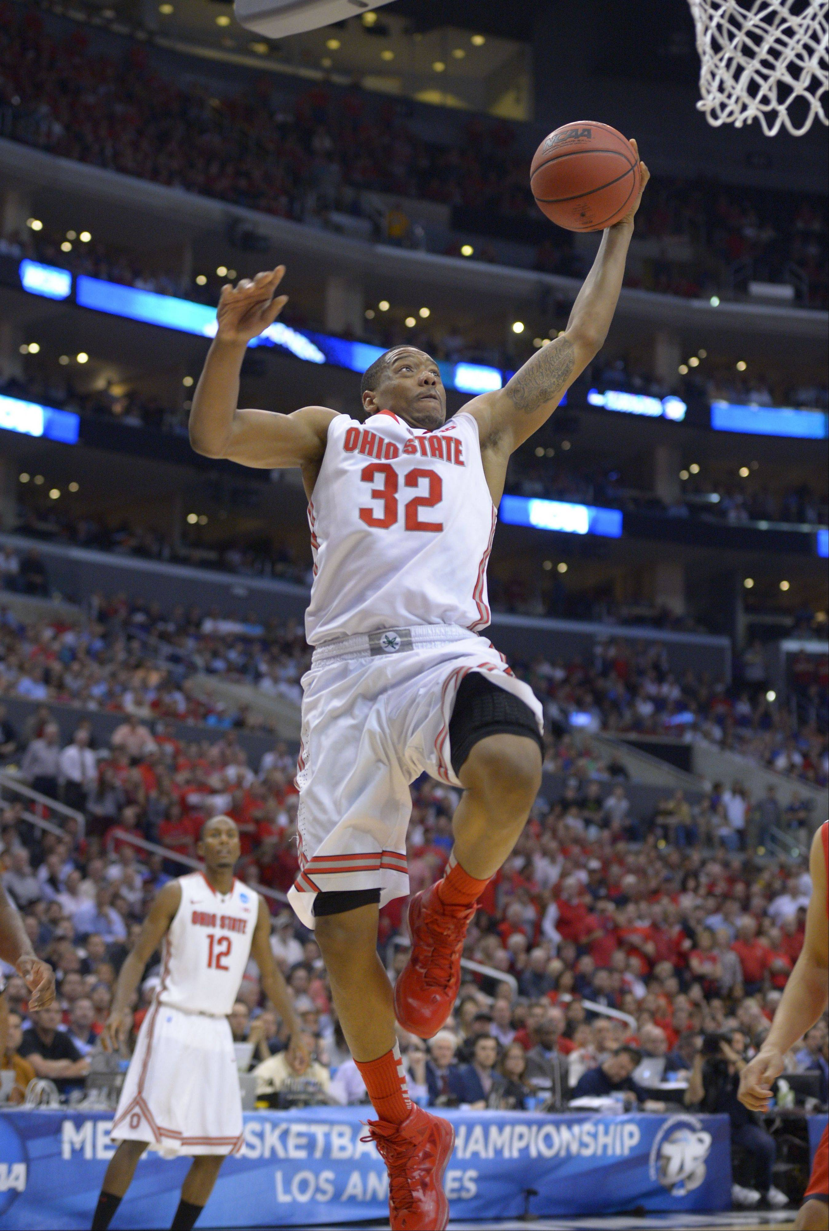 Ohio State's Lenzelle Smith Jr. is part of a veteran crew that includes two seniors and seven juniors from a 29-win squad that came within a whisper of a second straight trip to the Final Four.