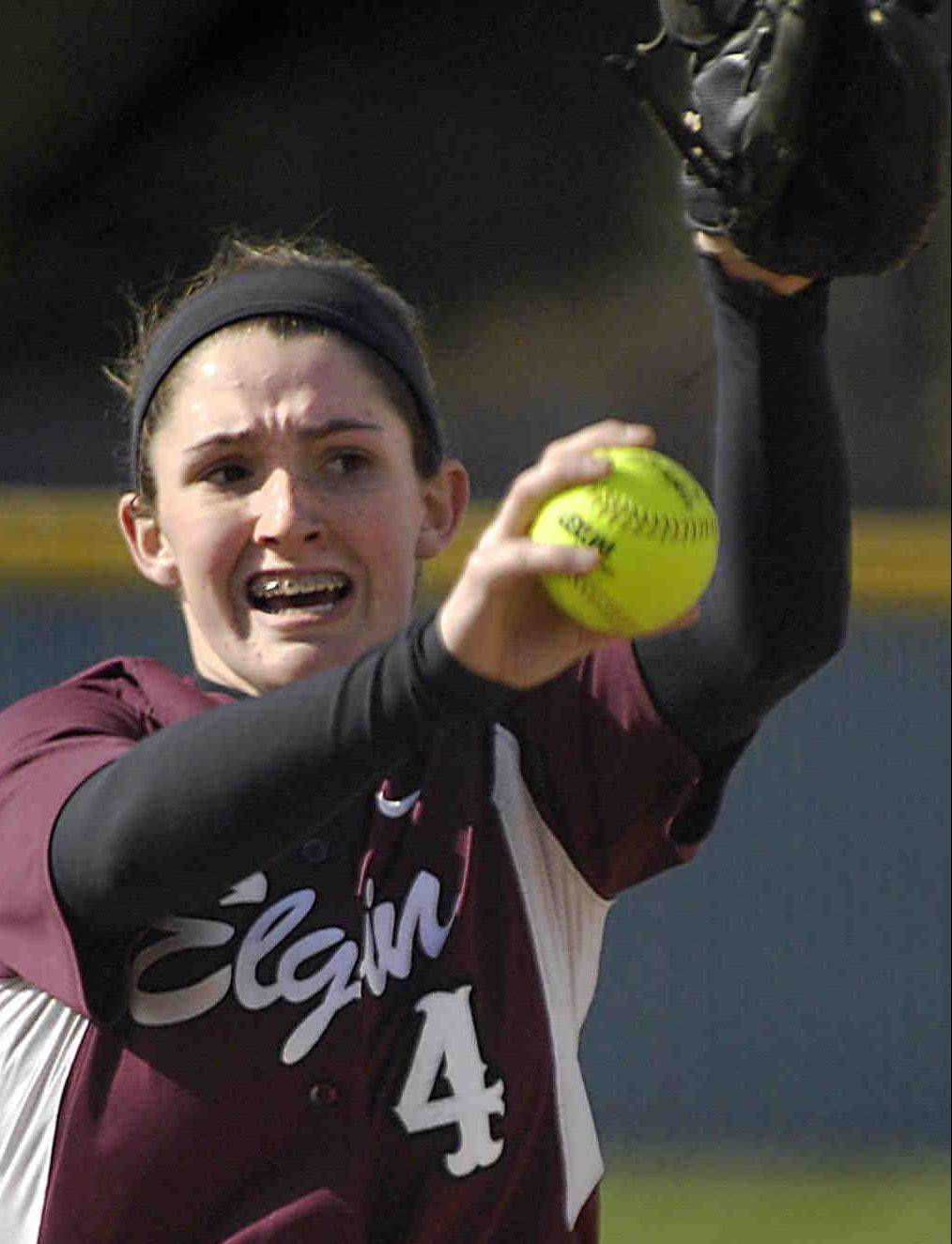 Elgin's Jennah Perryman delivers a pitch against Larkin.s