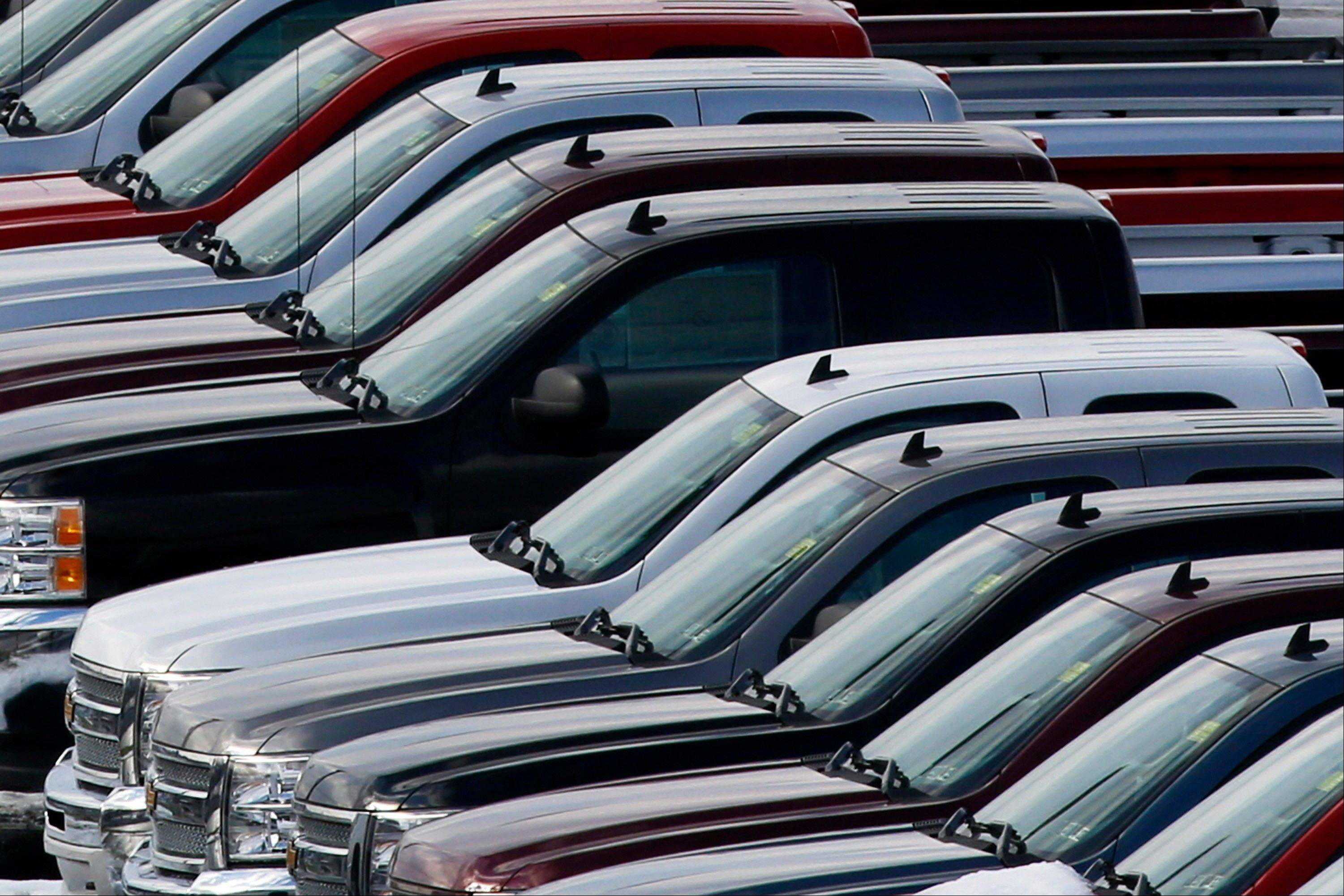 Chrysler, Ford, GM, Nissan post big October gains