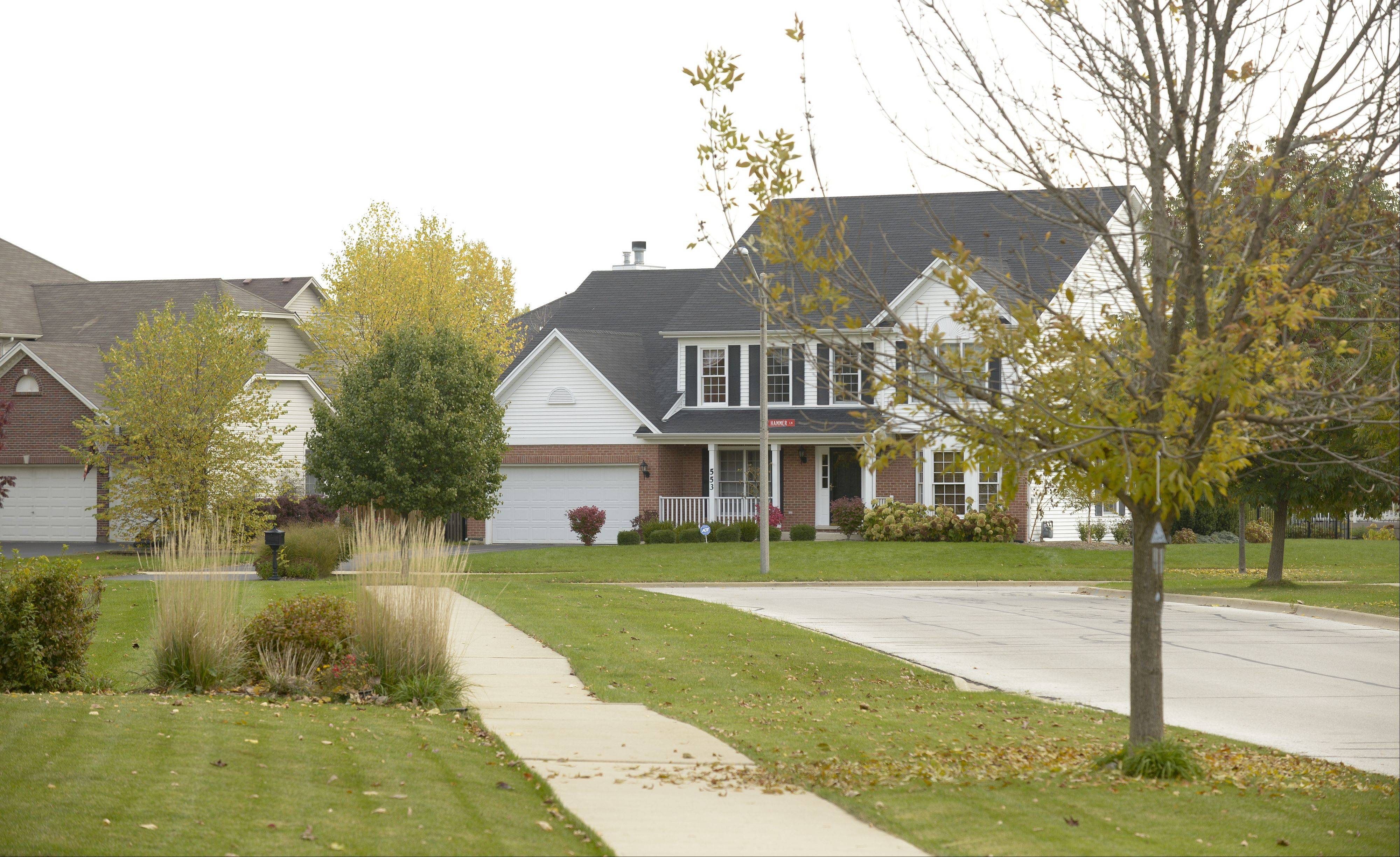 Homes along Oberweis Drive are typical of those found in Banbury Ridge.