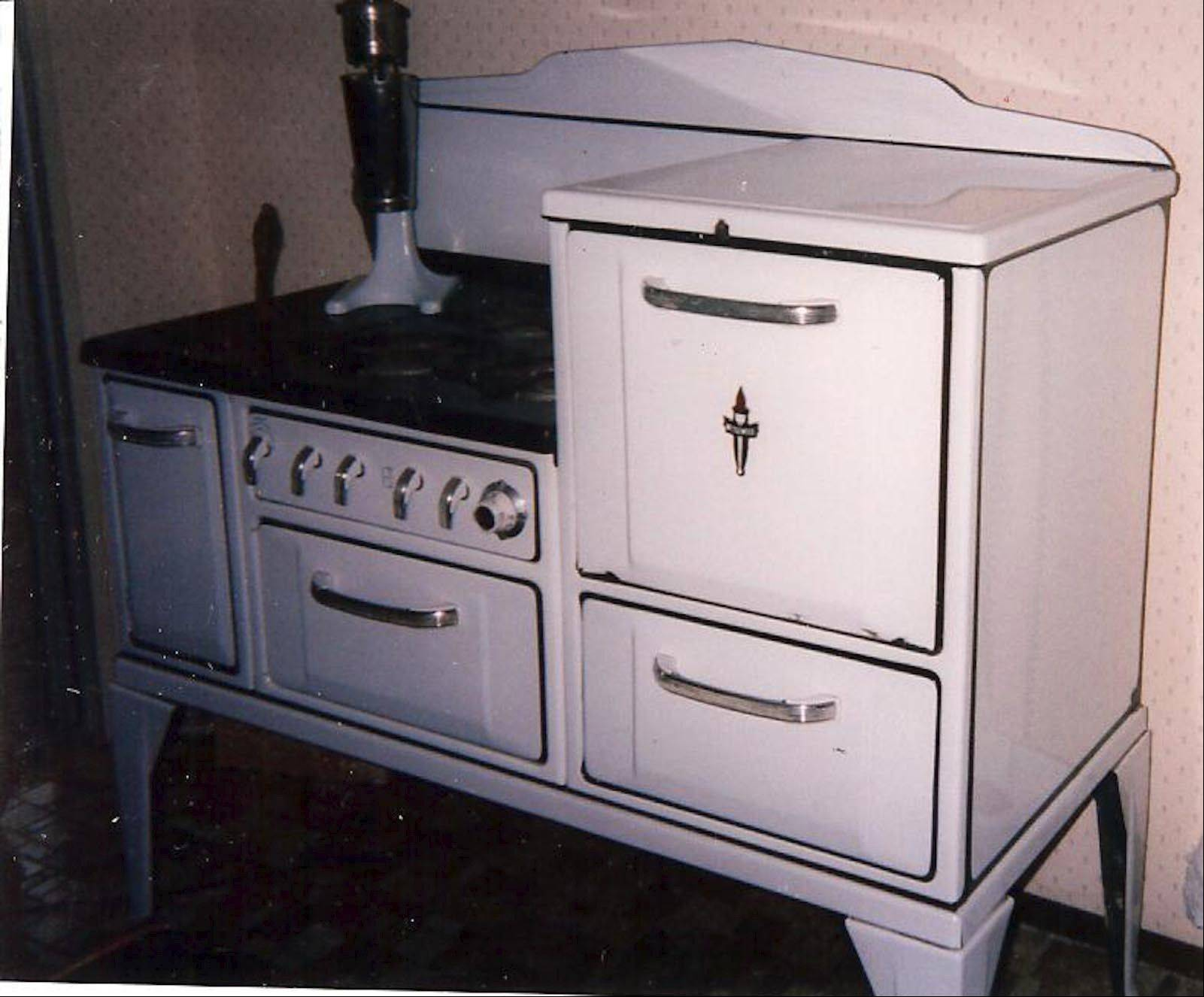 In some markets this Wedgewood stove from the 1920s is still hot.
