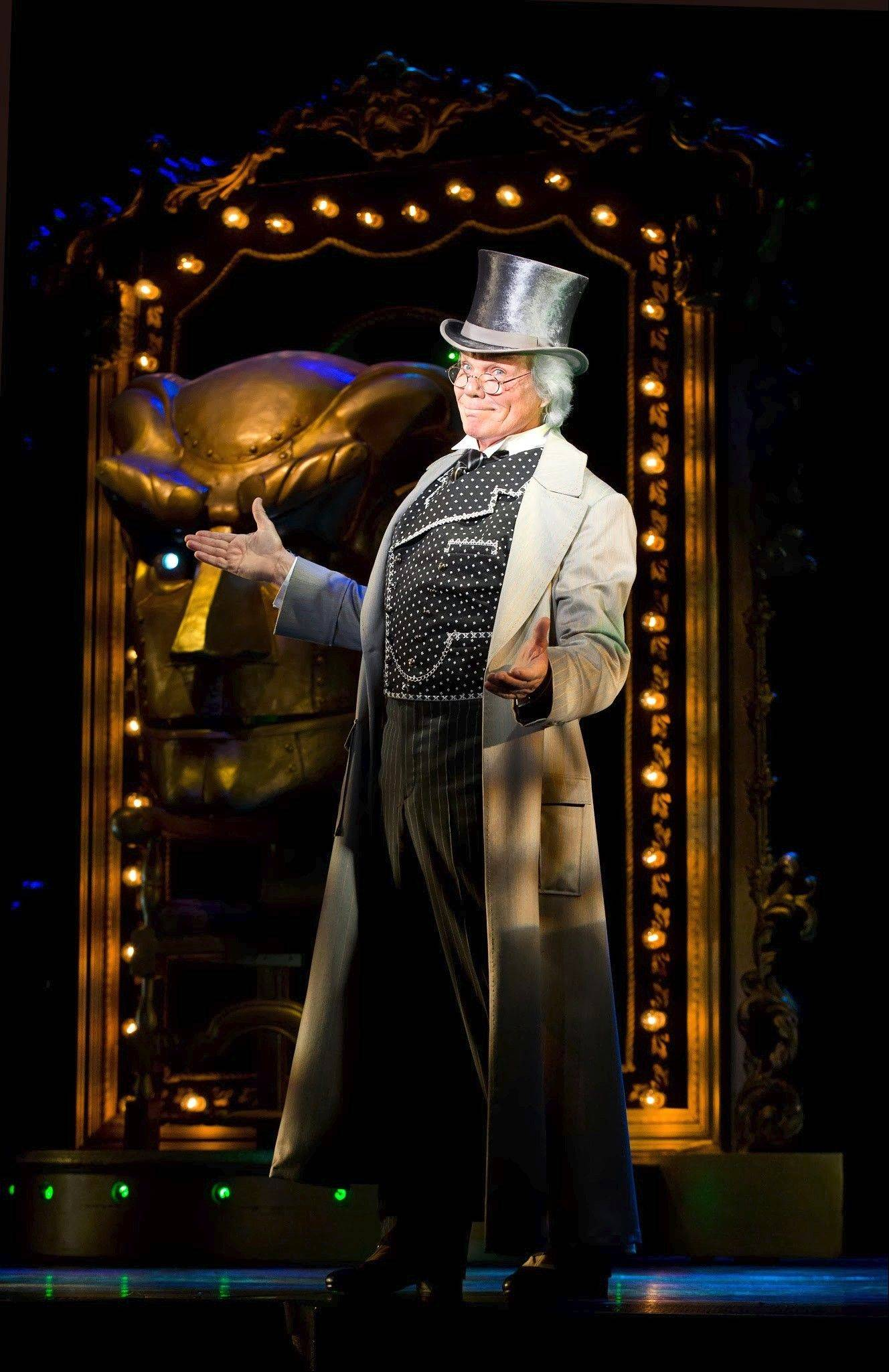 "John Davidson (""That's Incredible,"" ""The Happiest Millionaire"") stars as The Wizard in ""Wicked,"" playing at the Oriental Theatre."