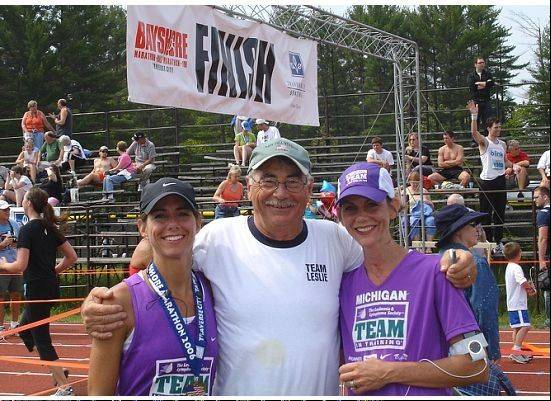 Tara Leibel, right, was inspired to take up running by her sister, Leslie Jones, and their dad, the late Reg Pennington.