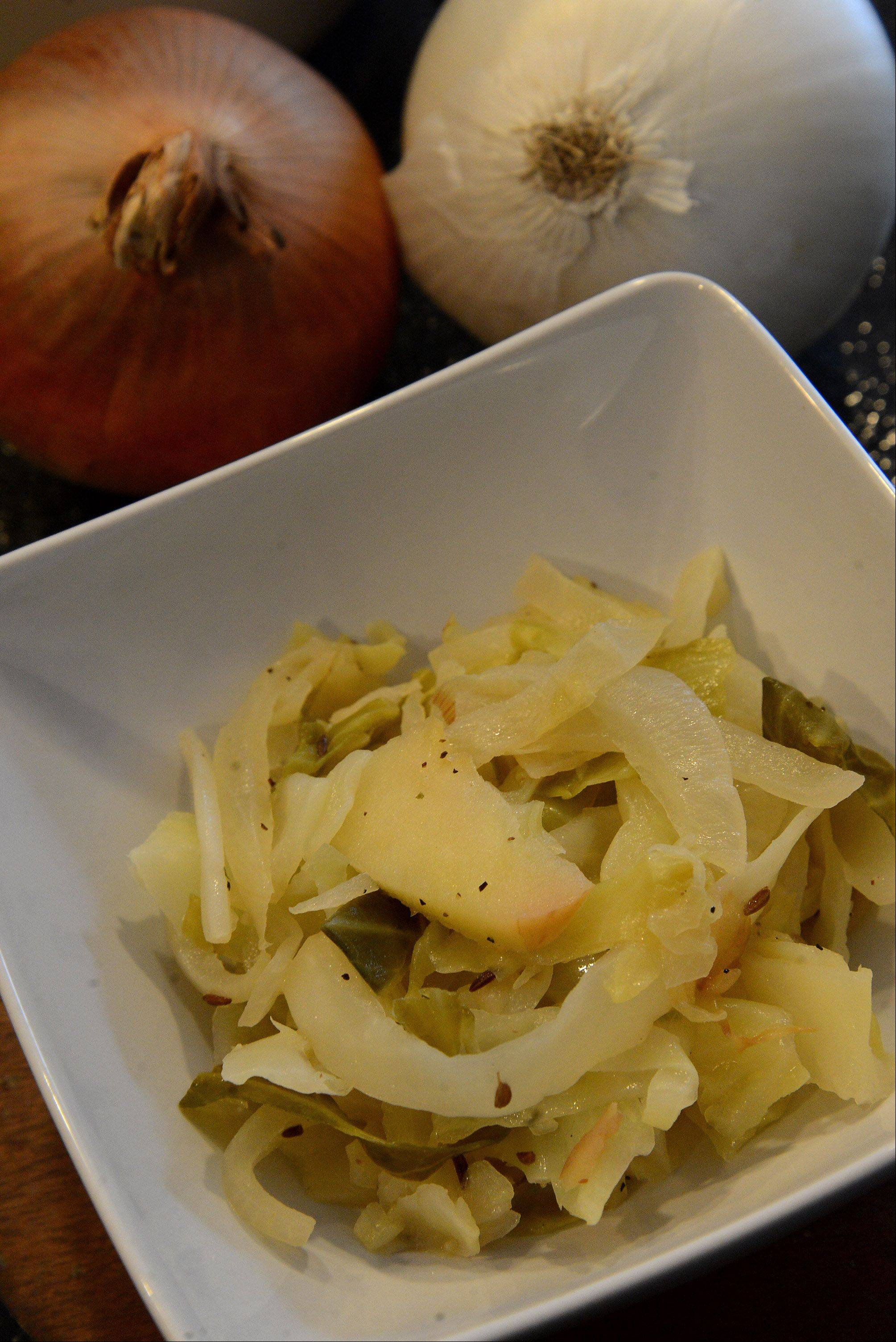 Saut�ed Cabbage, Onions and Apples