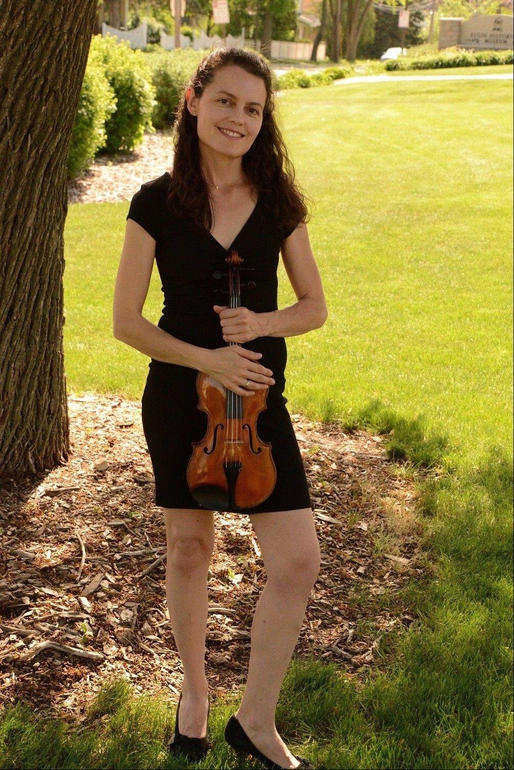 Elgin Symphony Orchestra concertmaster Isabella Lippi is set to perform a Sibelius Violin Concerto at the Hemmens Cultural Center.